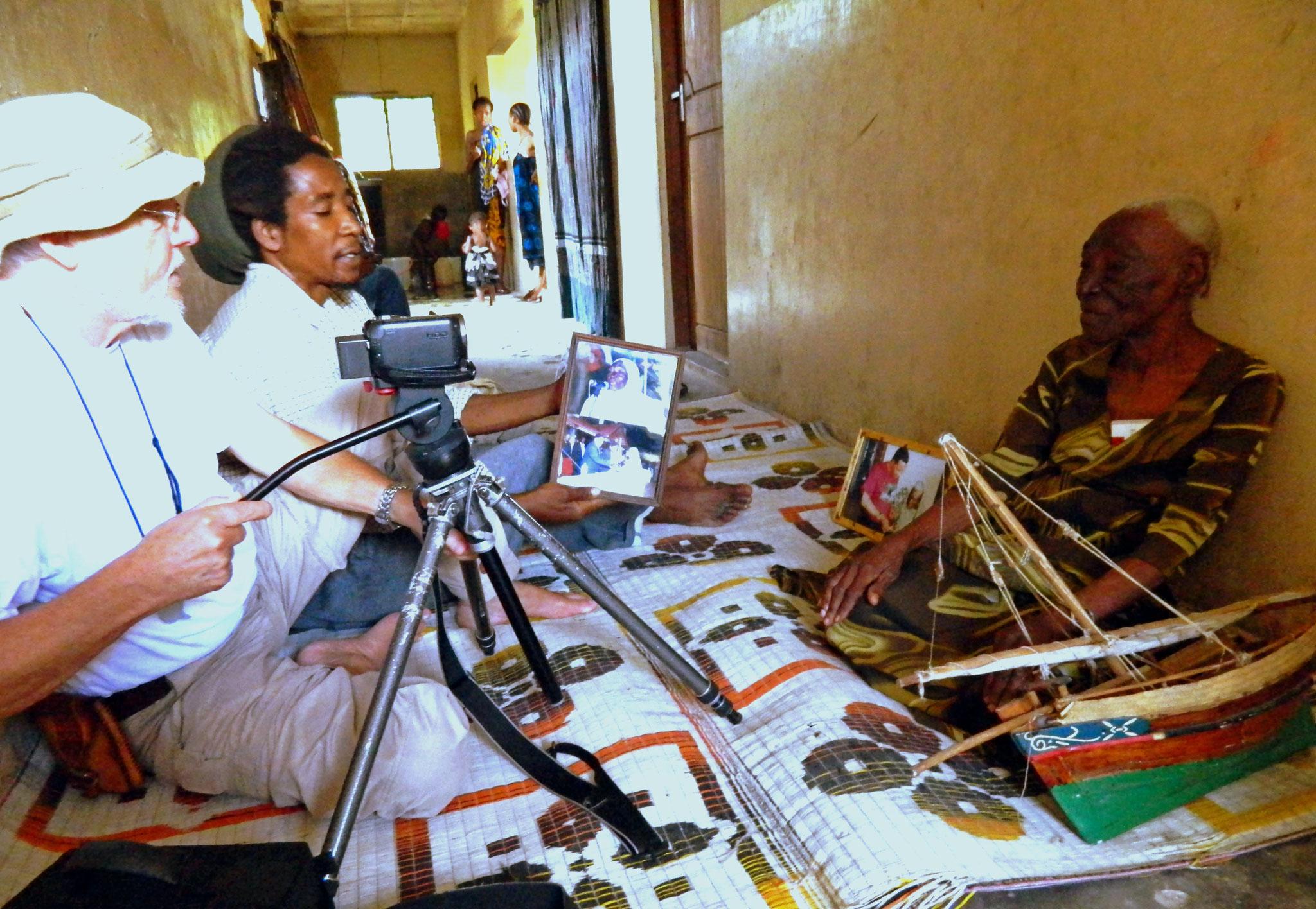 Aus dem Leben von Bi Kidude, der Stimme Sansibars. Stonetown, Sansibar