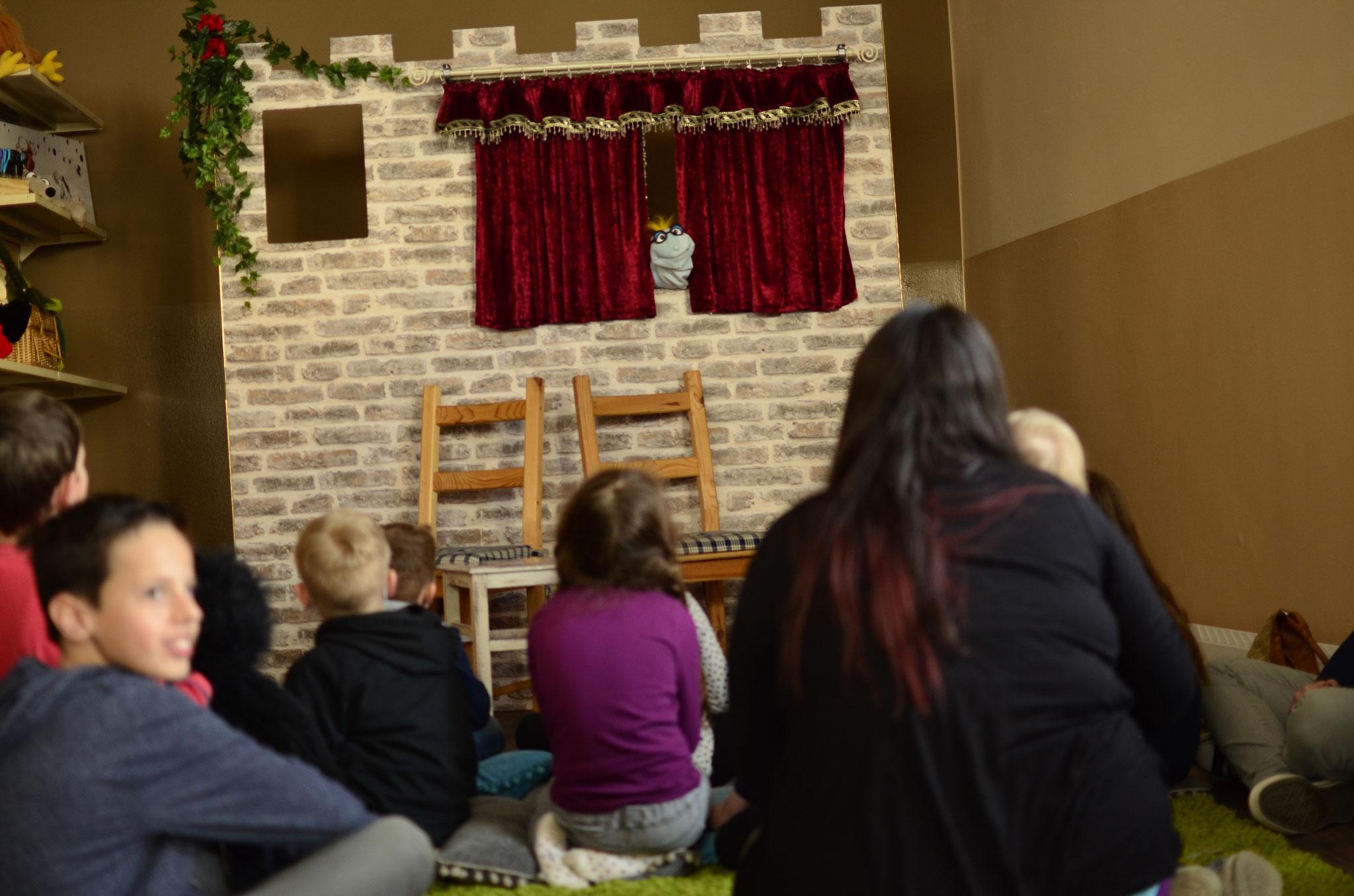 Geschichten-Werkstatt mit tollen Workshops
