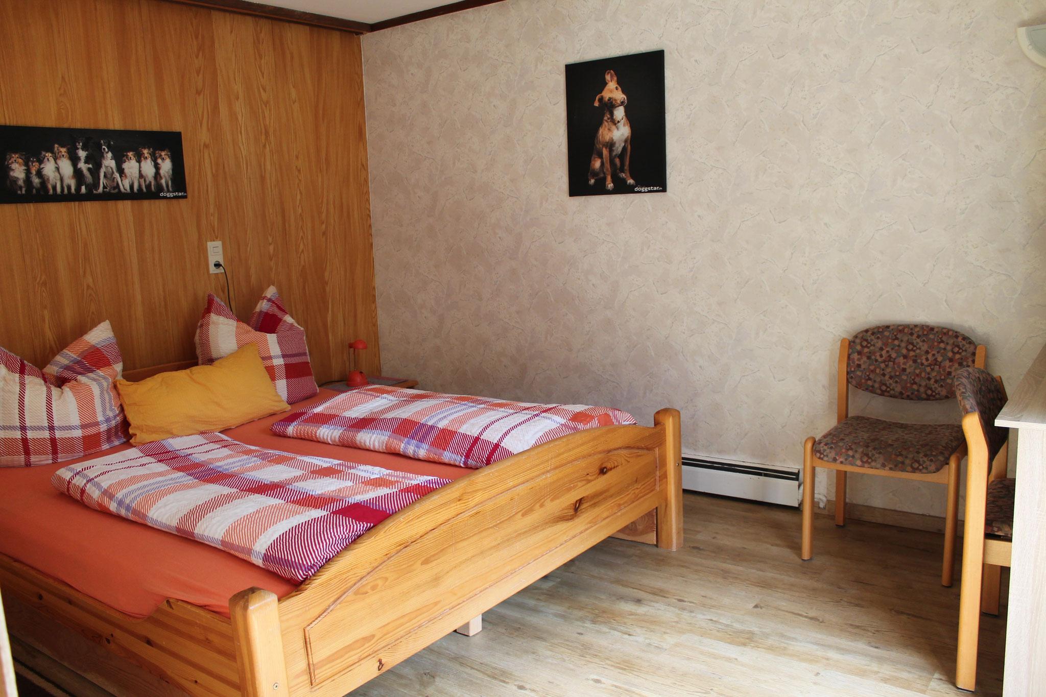 Zi Nr. 1, 3er Zimmer, unterer Stock