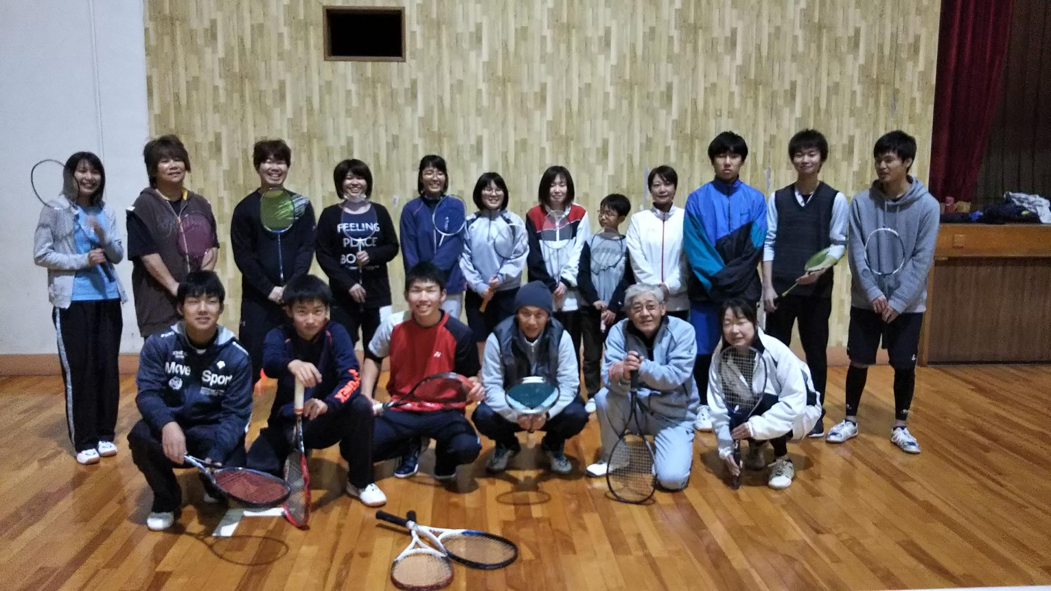 ソフトテニス(水・土:19時~21時 運動公園)