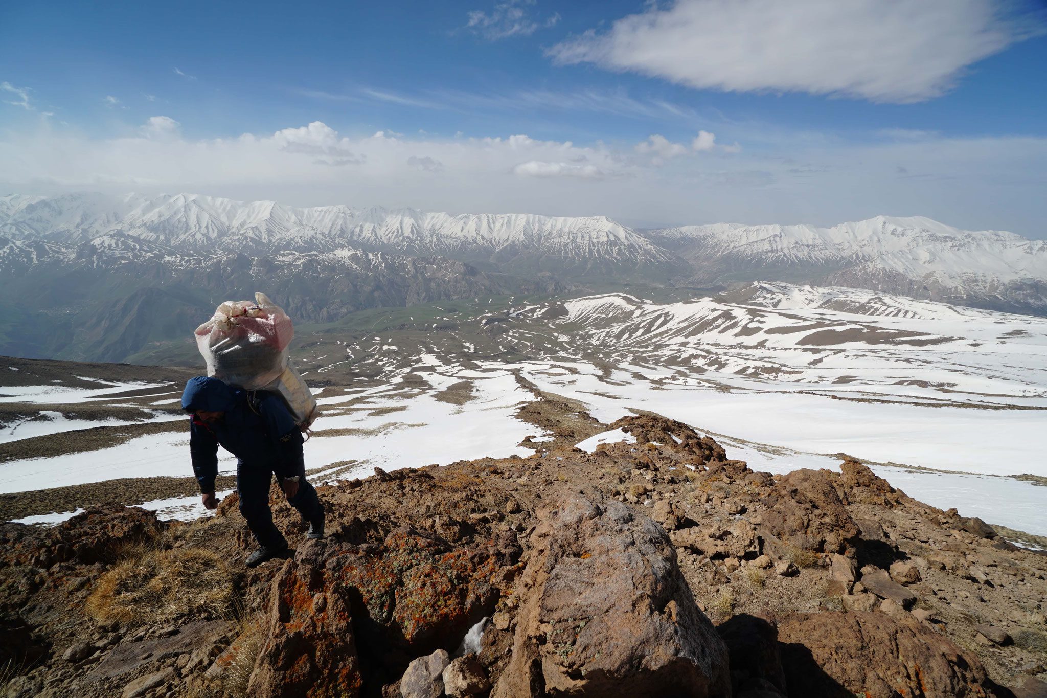montée au refuge Bargah Sevom (4250m)