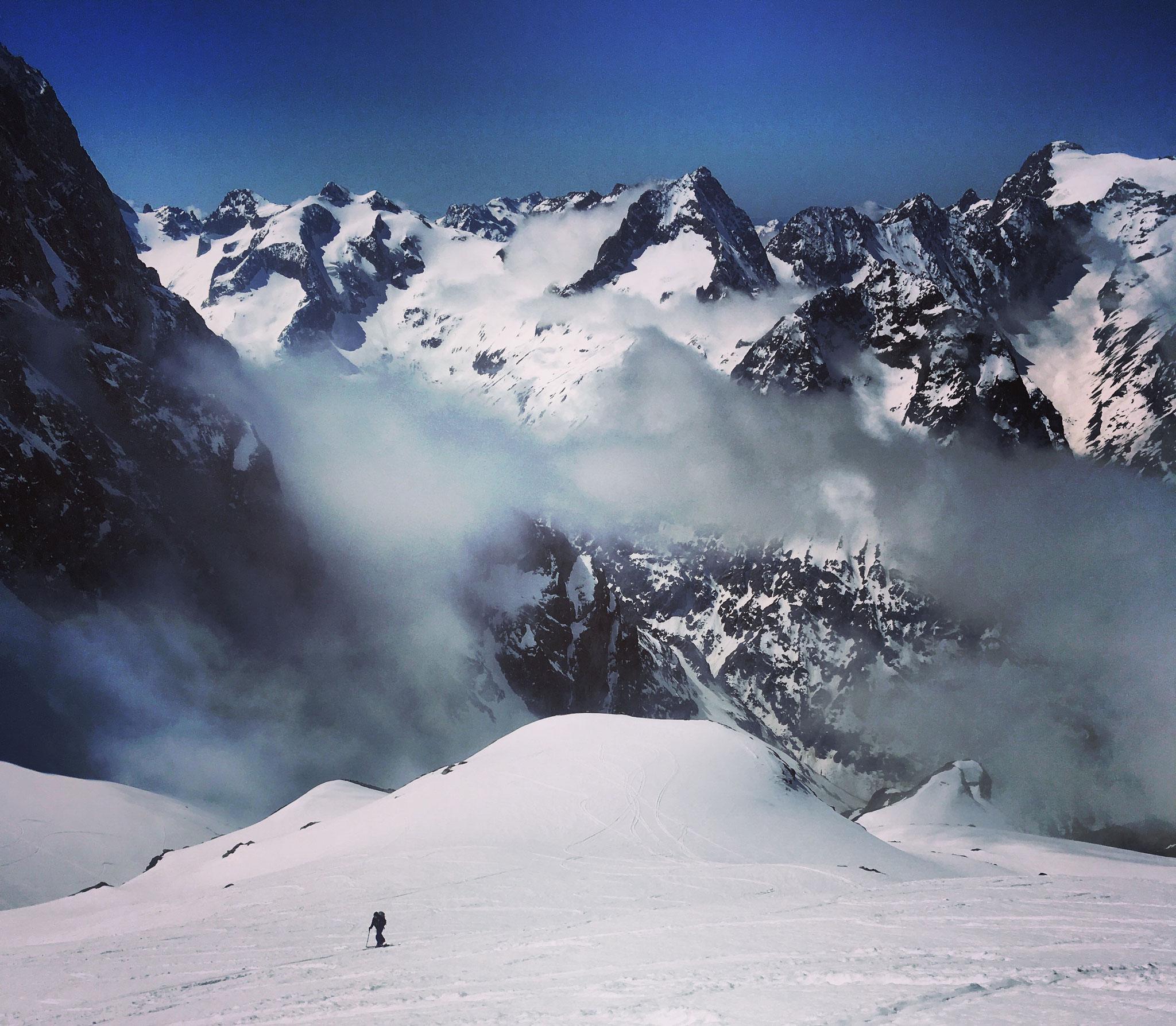 Sous le col des Avalanches