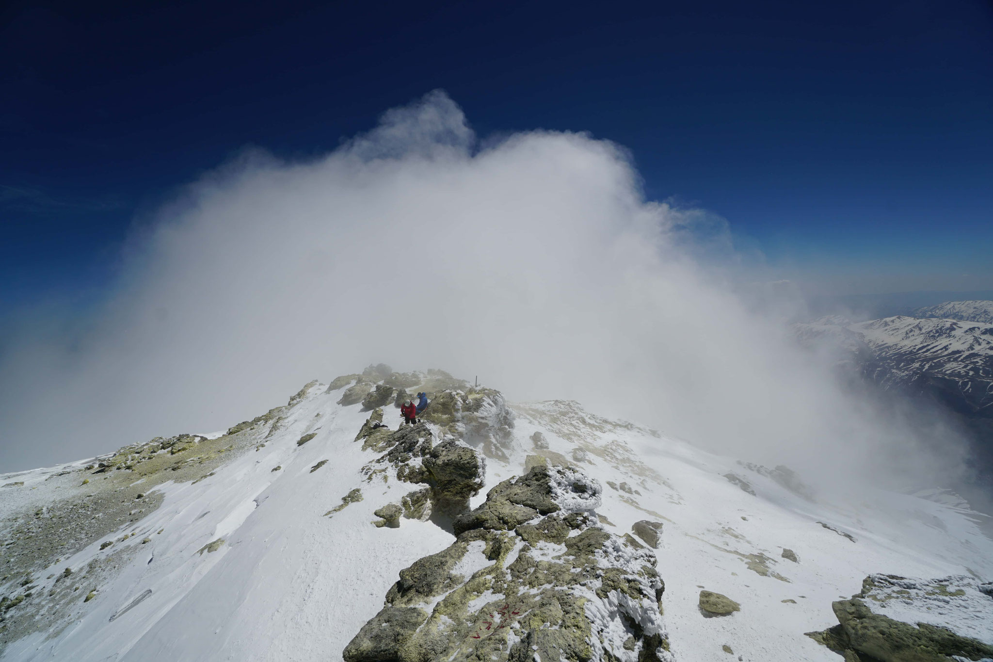 Damavand (5610m)