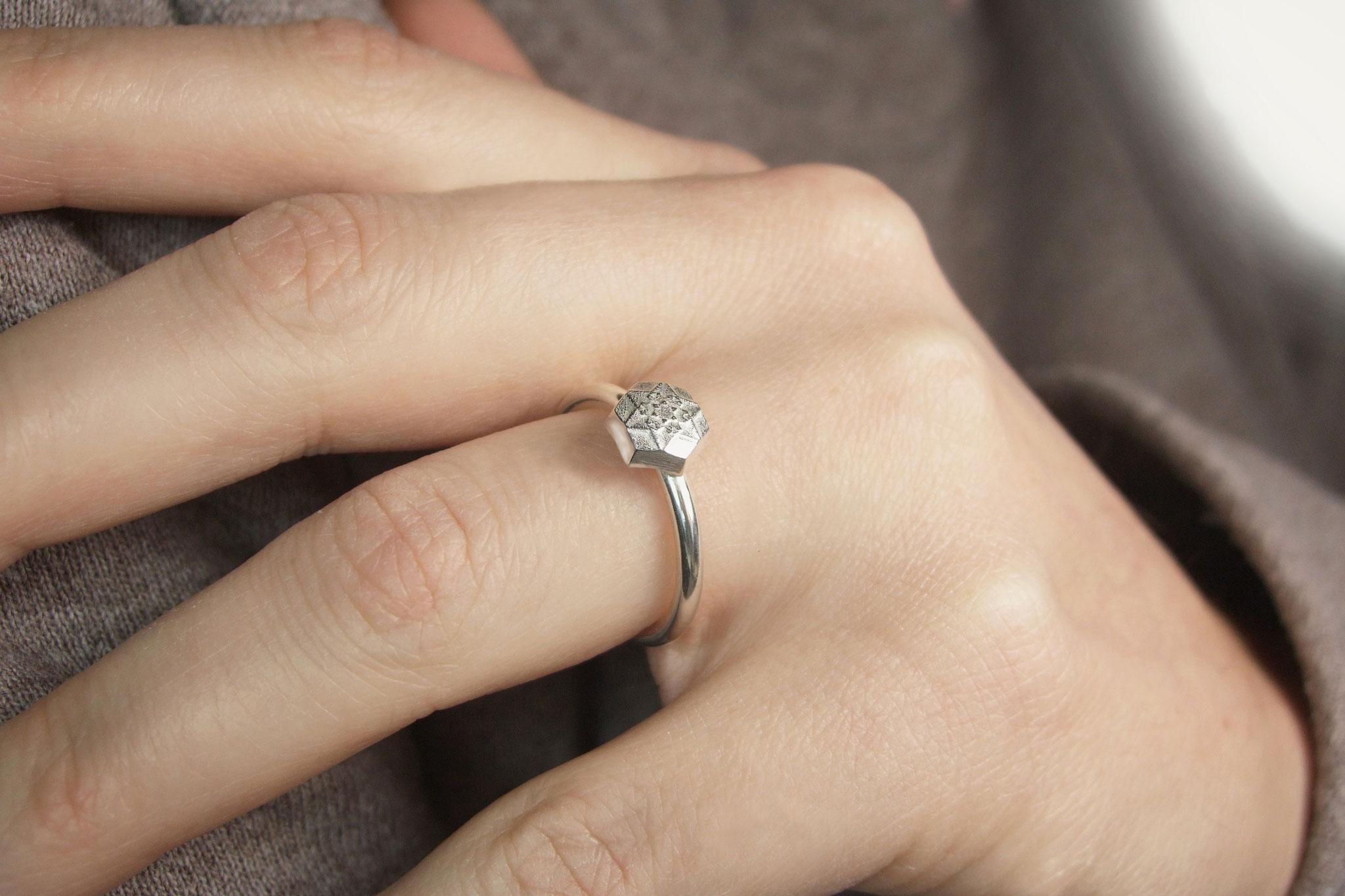 """Schneestern Ring """"Hexagon"""" klein"""