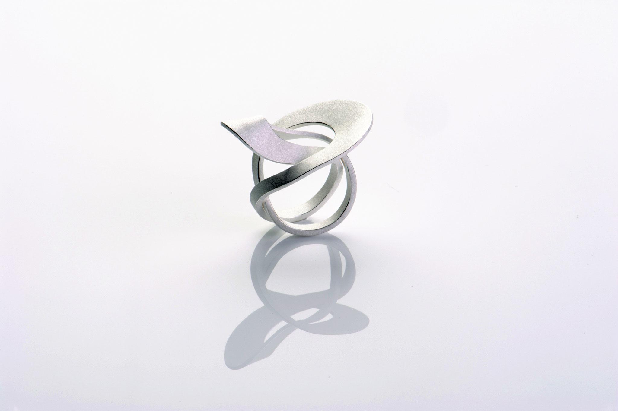 Wendepunkt Ring M6, 925/- Silber, weiß