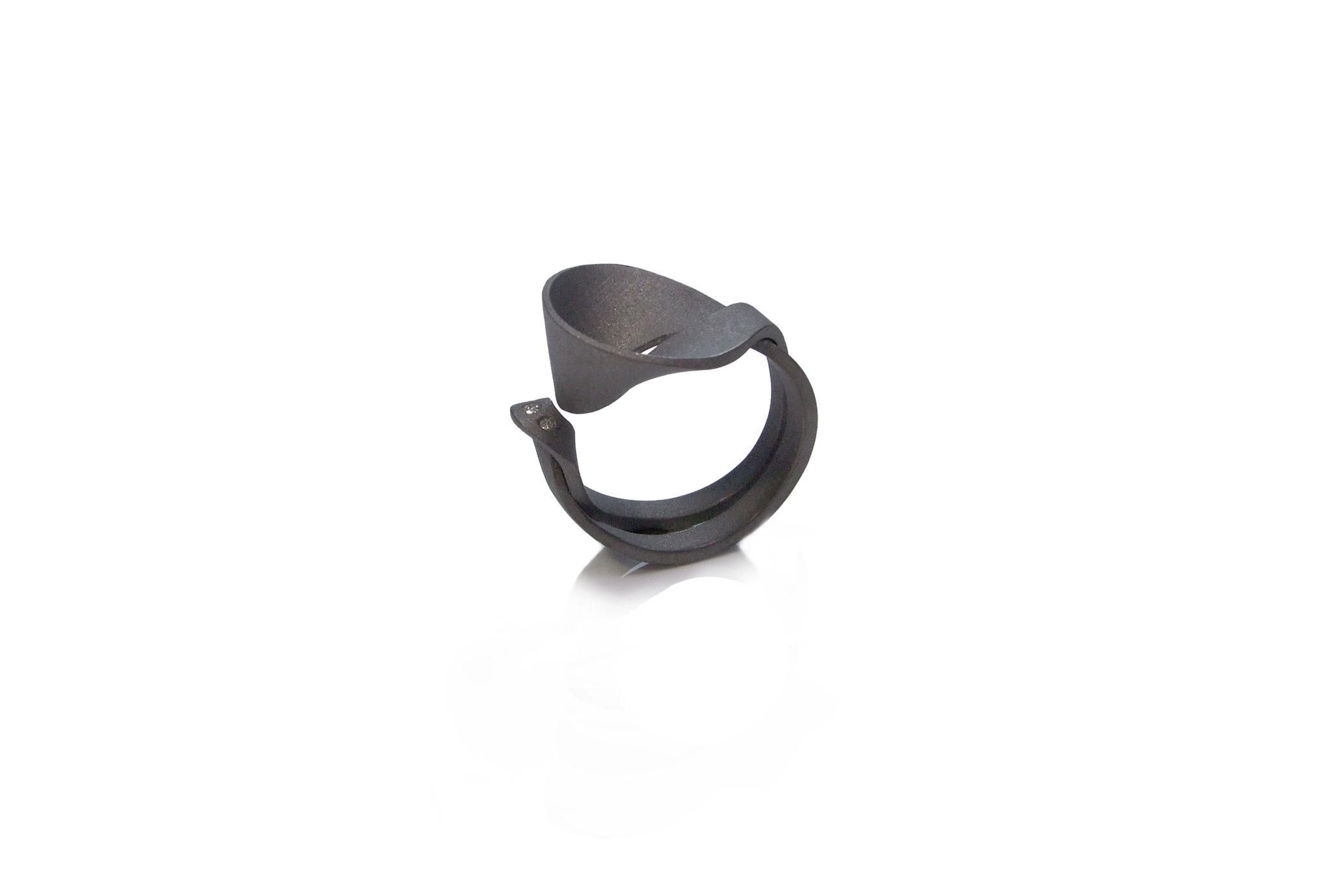 Pollux Ring mit 3 Brillianten