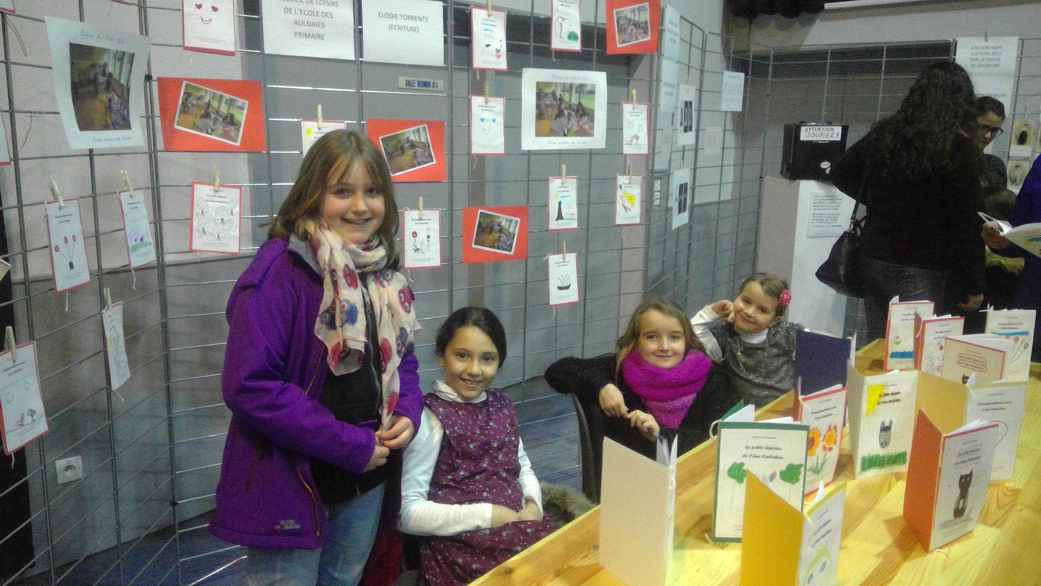 Célia, Sirine, Sandy et Lucille, heureuses de présenter leurs écrits