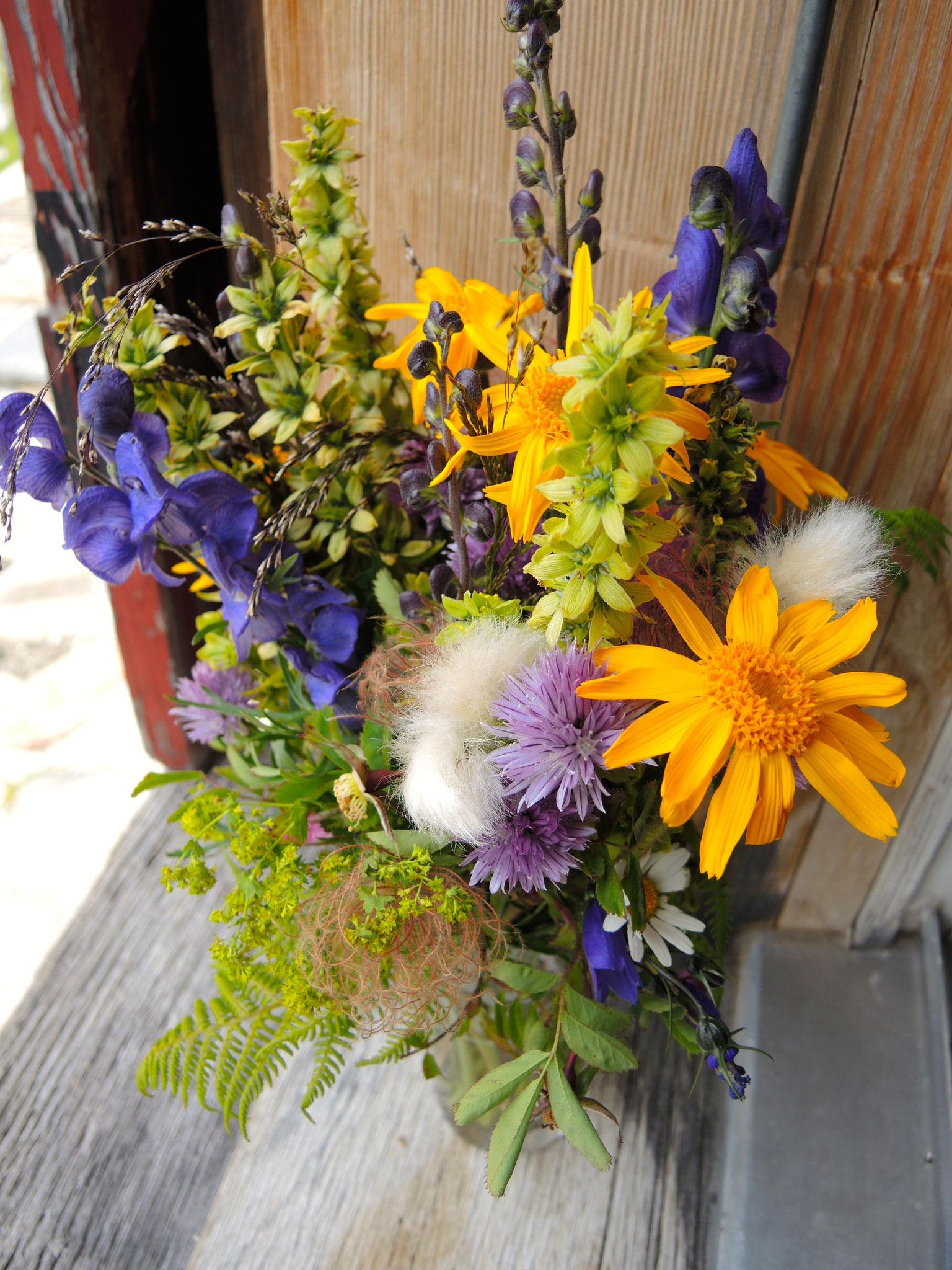 ...32: Blumenpracht