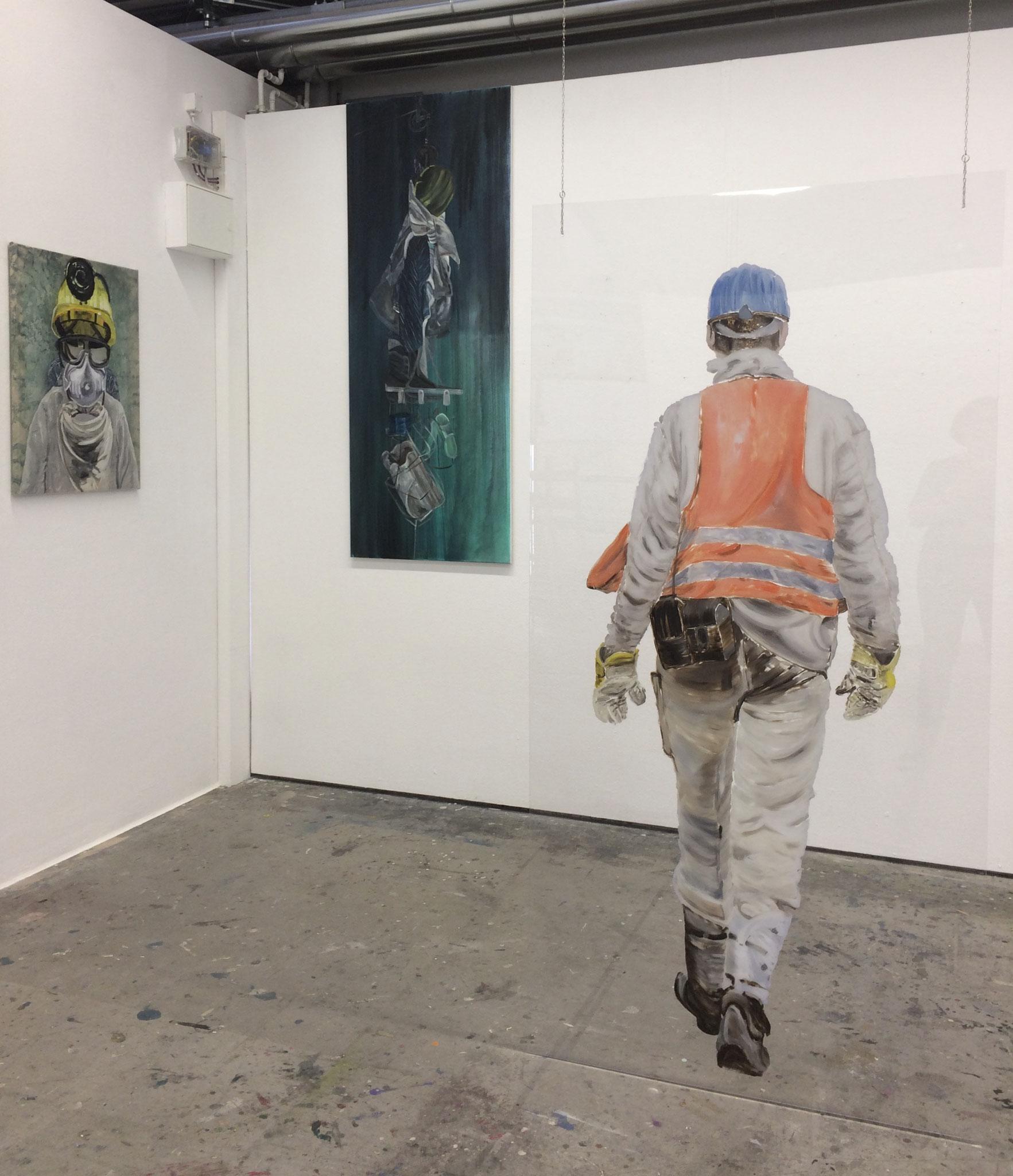 The last pitman, Acryl/Tusche auf PE-Folien, 80x60; Acryl auf LW, 180x70; Öl auf Kunstglas 200x100cm 2019 (Ausstellungsansicht)