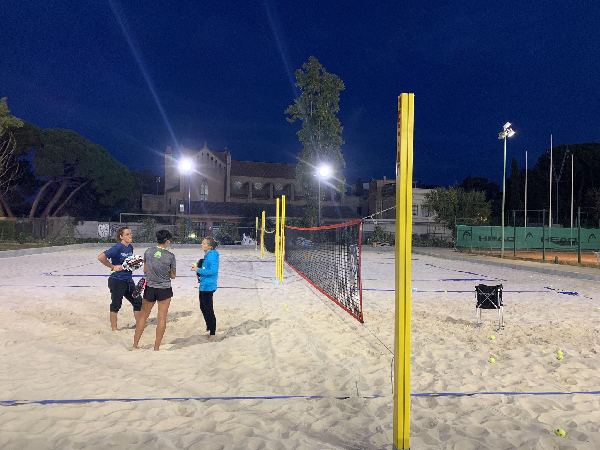 Nace la primera escuela municipal de tenis playa de la mano de BTB Club y la UTE Vall d'Hebrón!