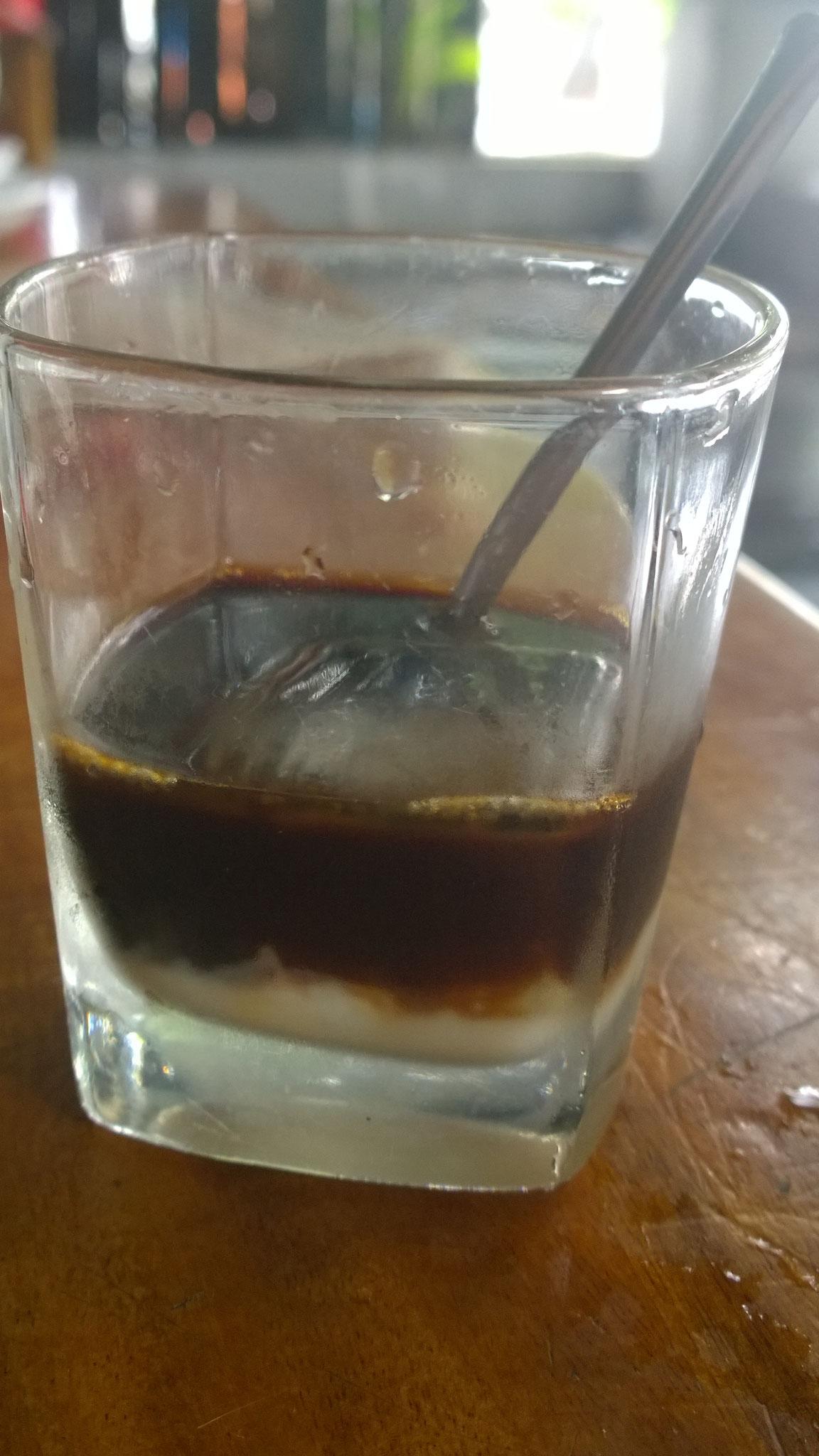 Vietnamesischer Kaffee rettet uns ...