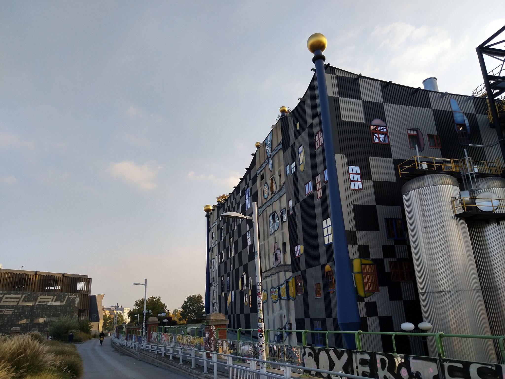 Giro Hundertwasser in bici