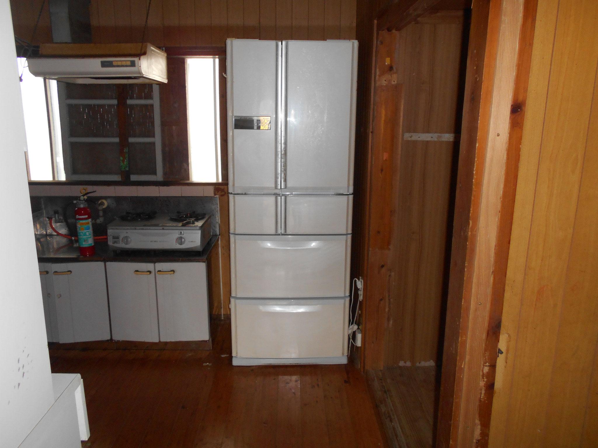 冷蔵庫つき