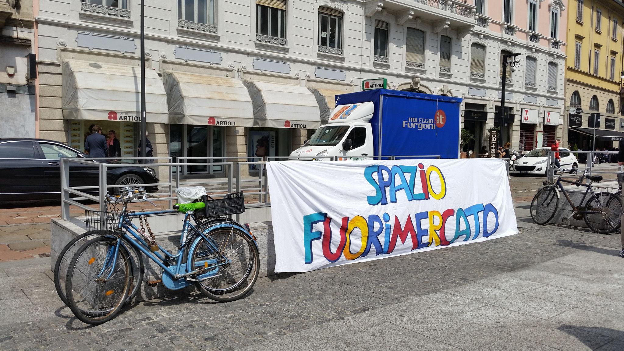 manifestazione no expo maggio 2016 Piazza XXV Aprile di fronte a Eatly