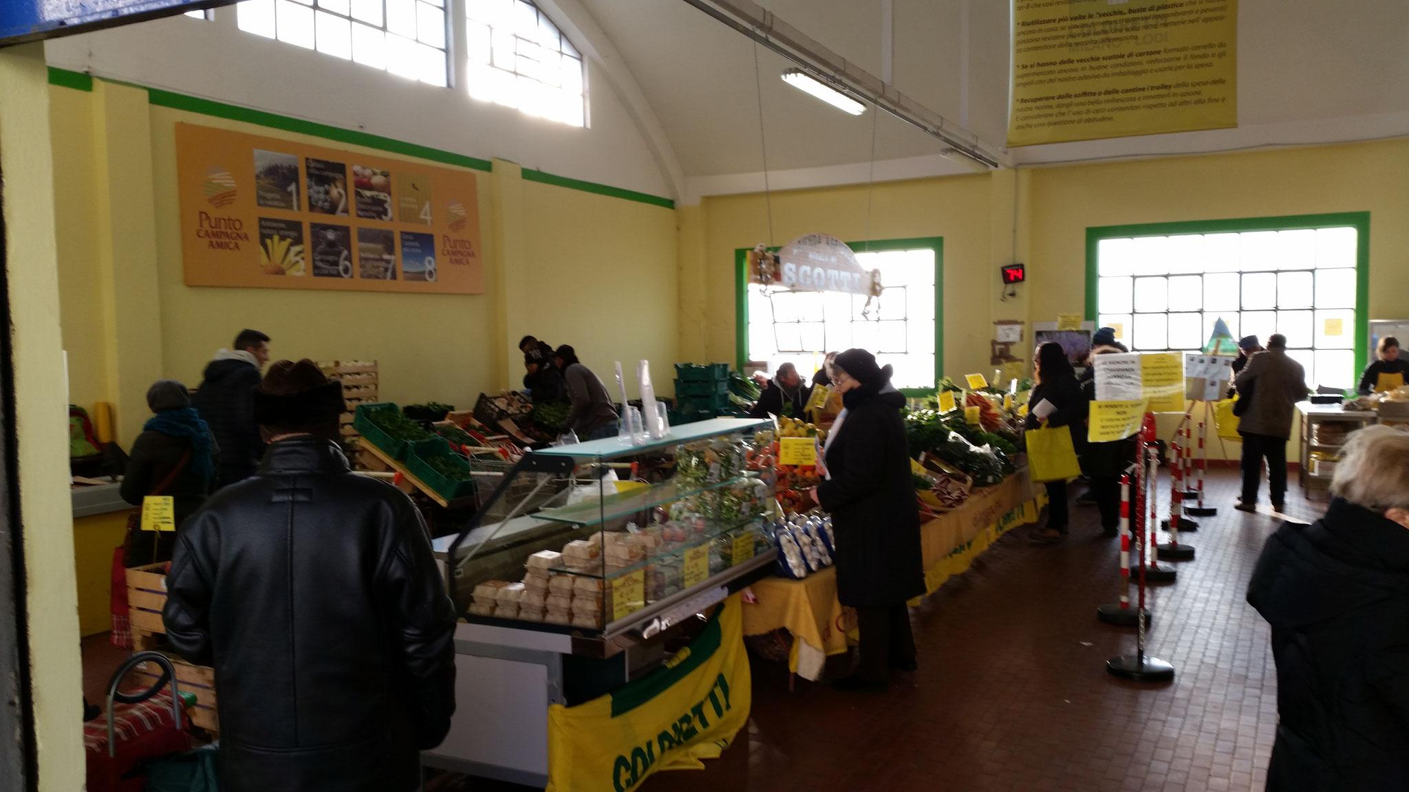Interno mercato a filiera corta Via Ripamonti