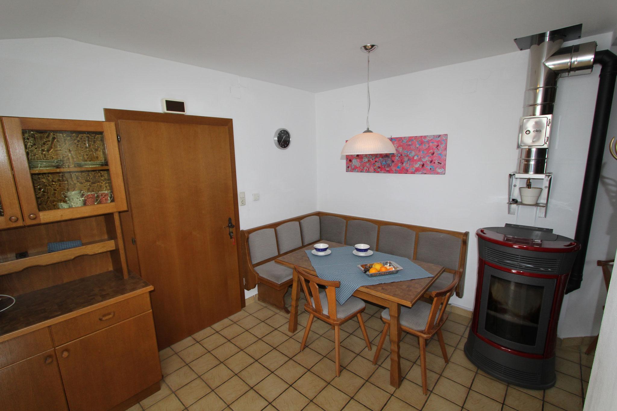 Essbereich für Frühstück und Mittagessen in der 1. Ferienwohnung