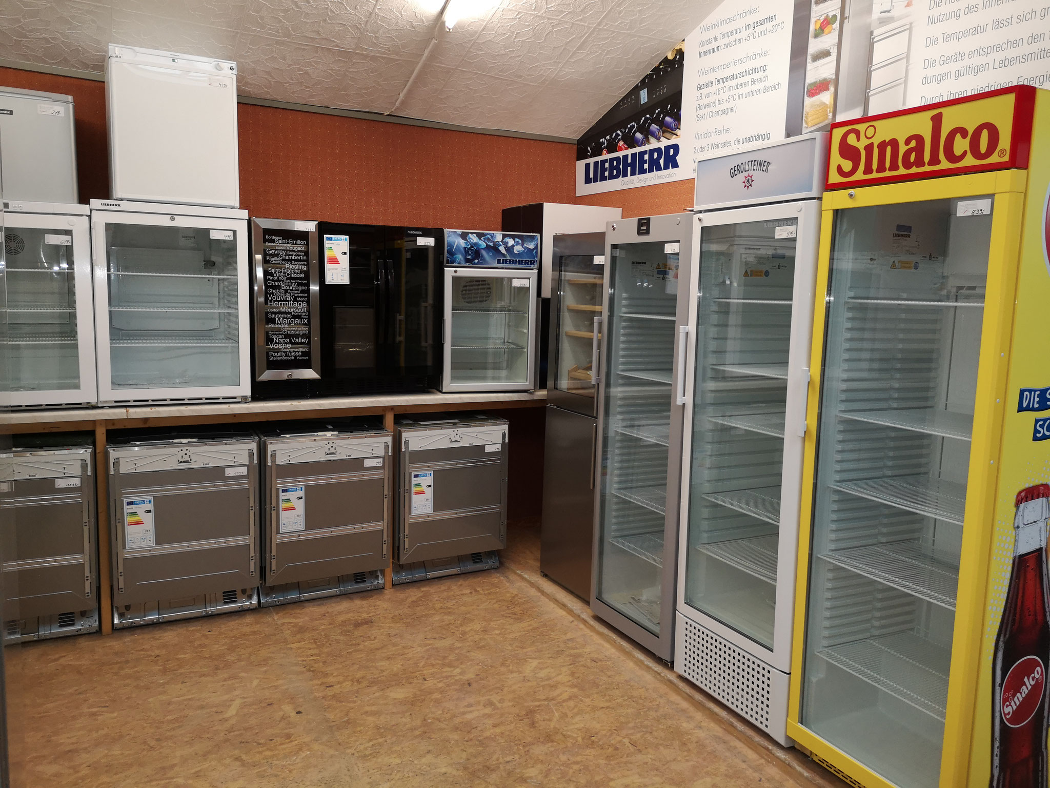 Professional Kühlschrank bei HGS Elektro in Köln