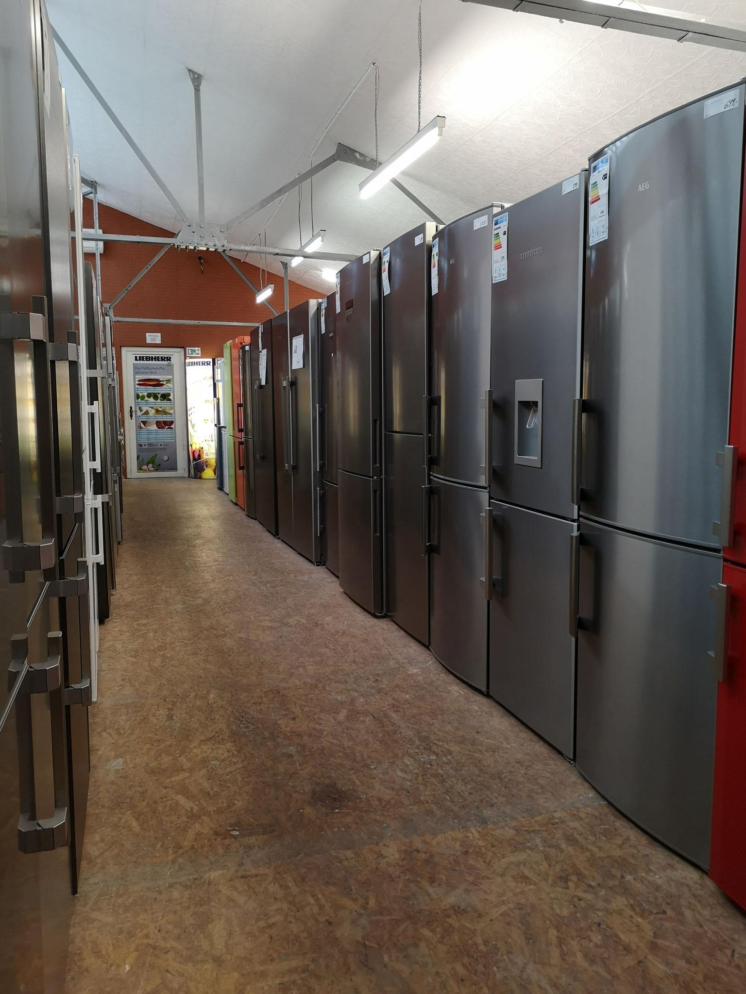 Liebherr Gefrierschrank bei HGS Elektro in Köln