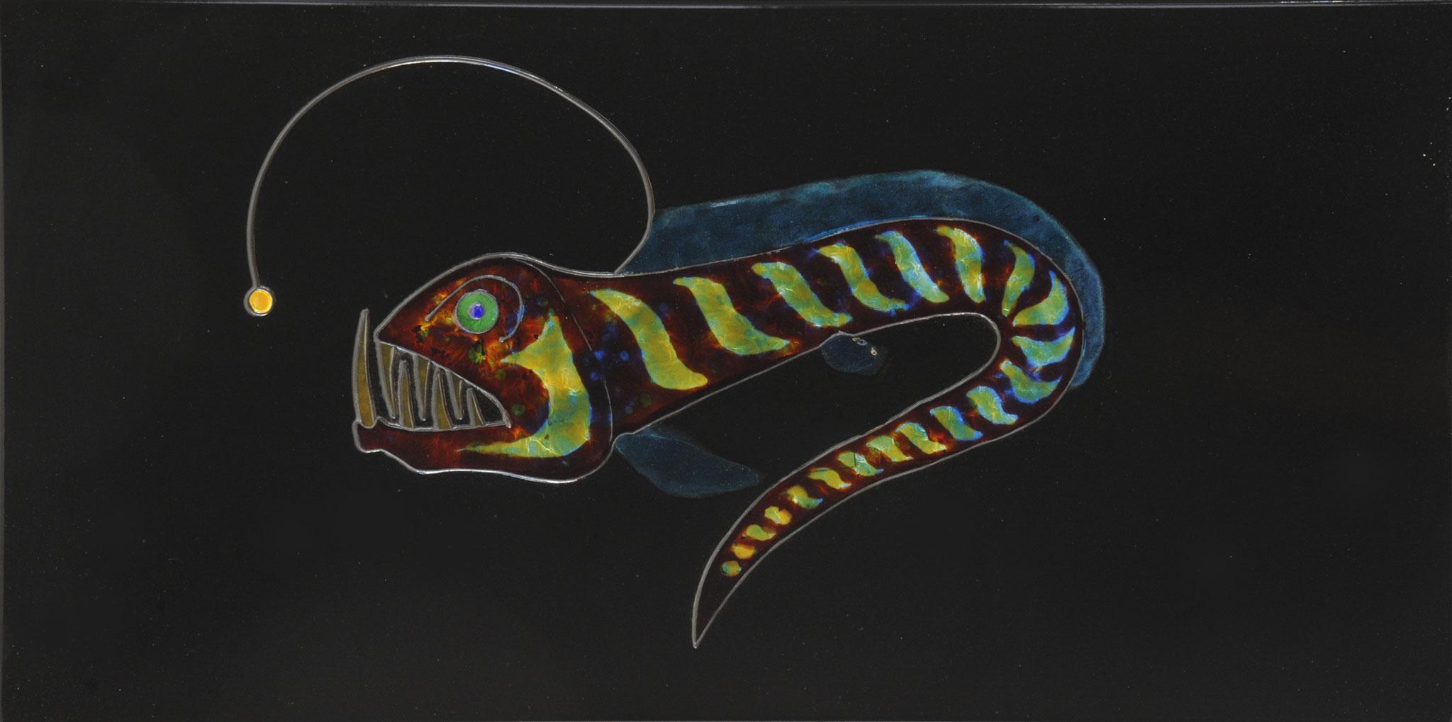 """""""Laternenfisch"""" 2015, 60 x 30 cm, Stegemail, transp. Email mit Silber unterlegt"""