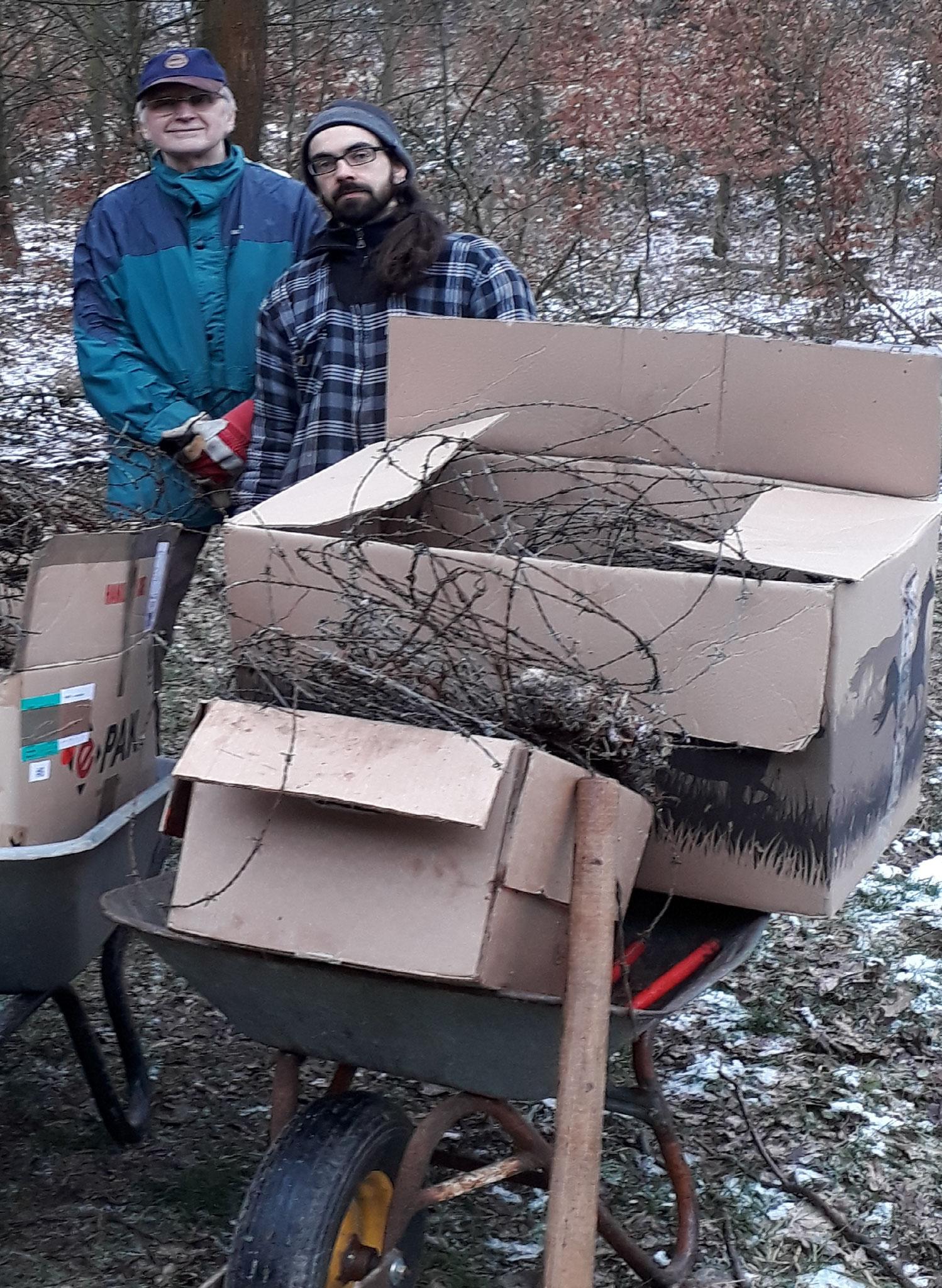 Stacheldraht entfernen im Wald 2018 (Foto: J. Auras)