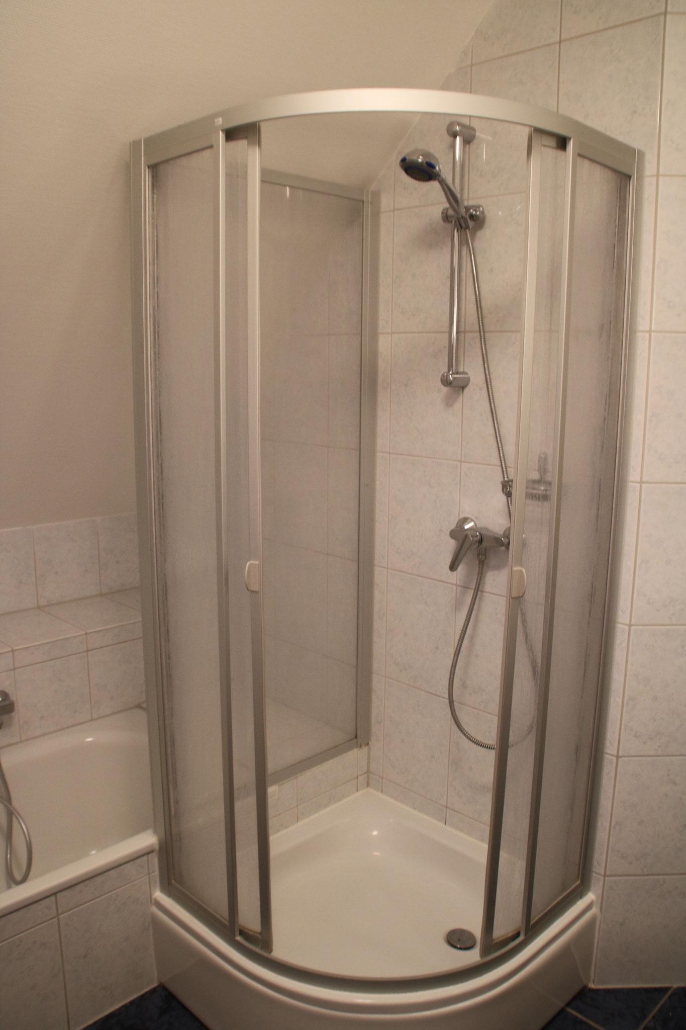 ... und Dusche