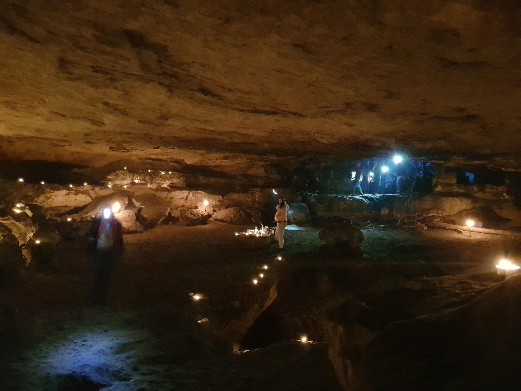 Ankunft in der Lichterhöhle