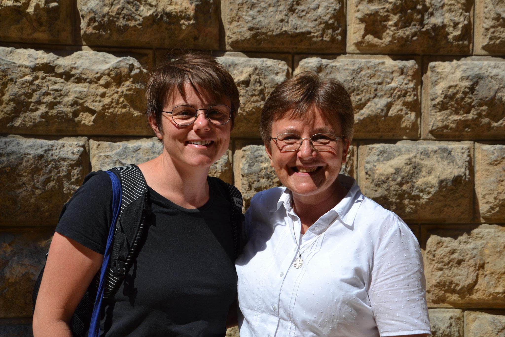 ICO-Generalsekräterin Romana Kugler mit Projektpartnerin Sr. Brygida Maniurka
