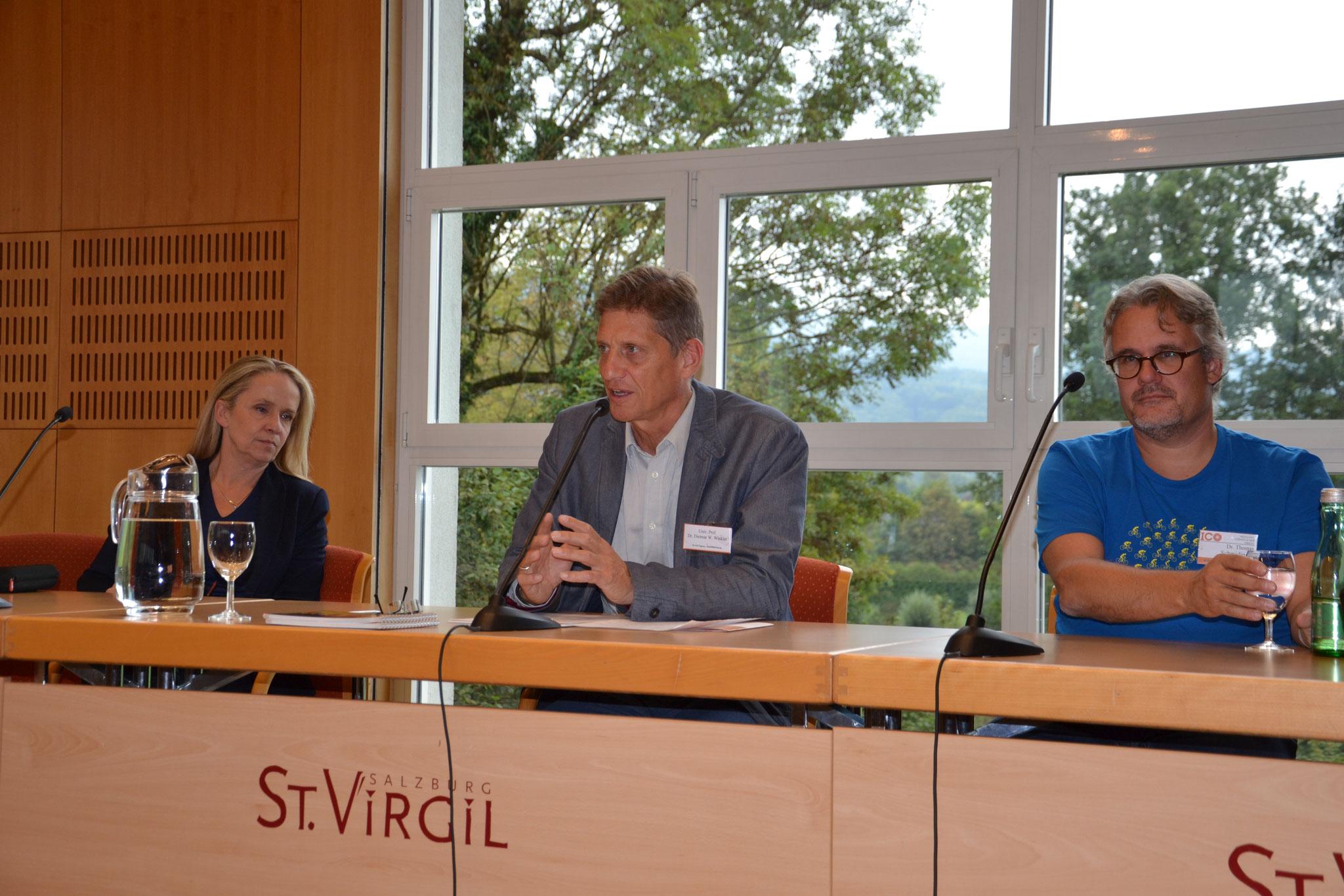 In bewährter Weise moderierte Prof. Dr. Dietmar W. Winkler, Vorsitzender der Sektion PRO ORIENTE Salzburg, den zweiten Tag der ICO Tagung.