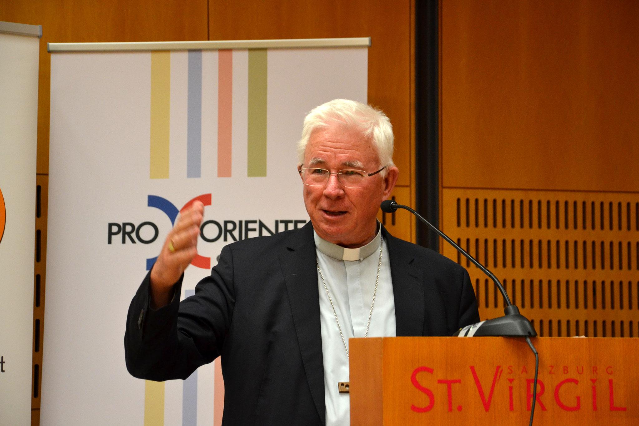 Bei der Abendveranstaltung richtete Erzbischof Lackner ein Grußwort an die TeilnehmerInnen.