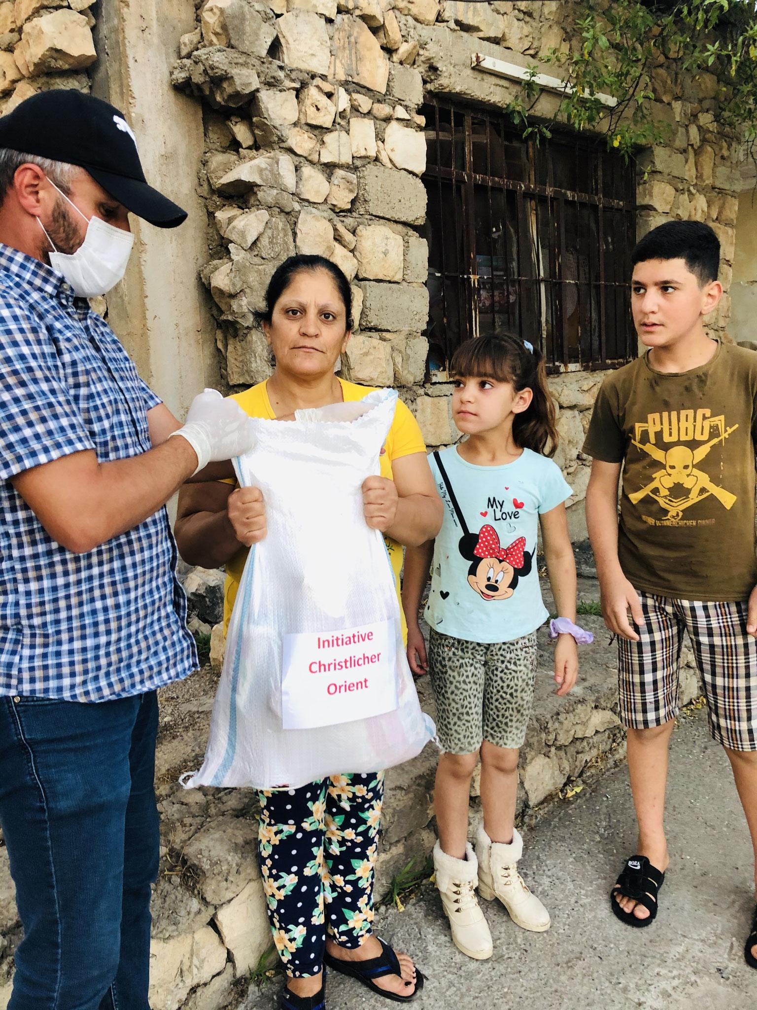 ICO Lebensmittel-Hilfe für bedürftige Familien