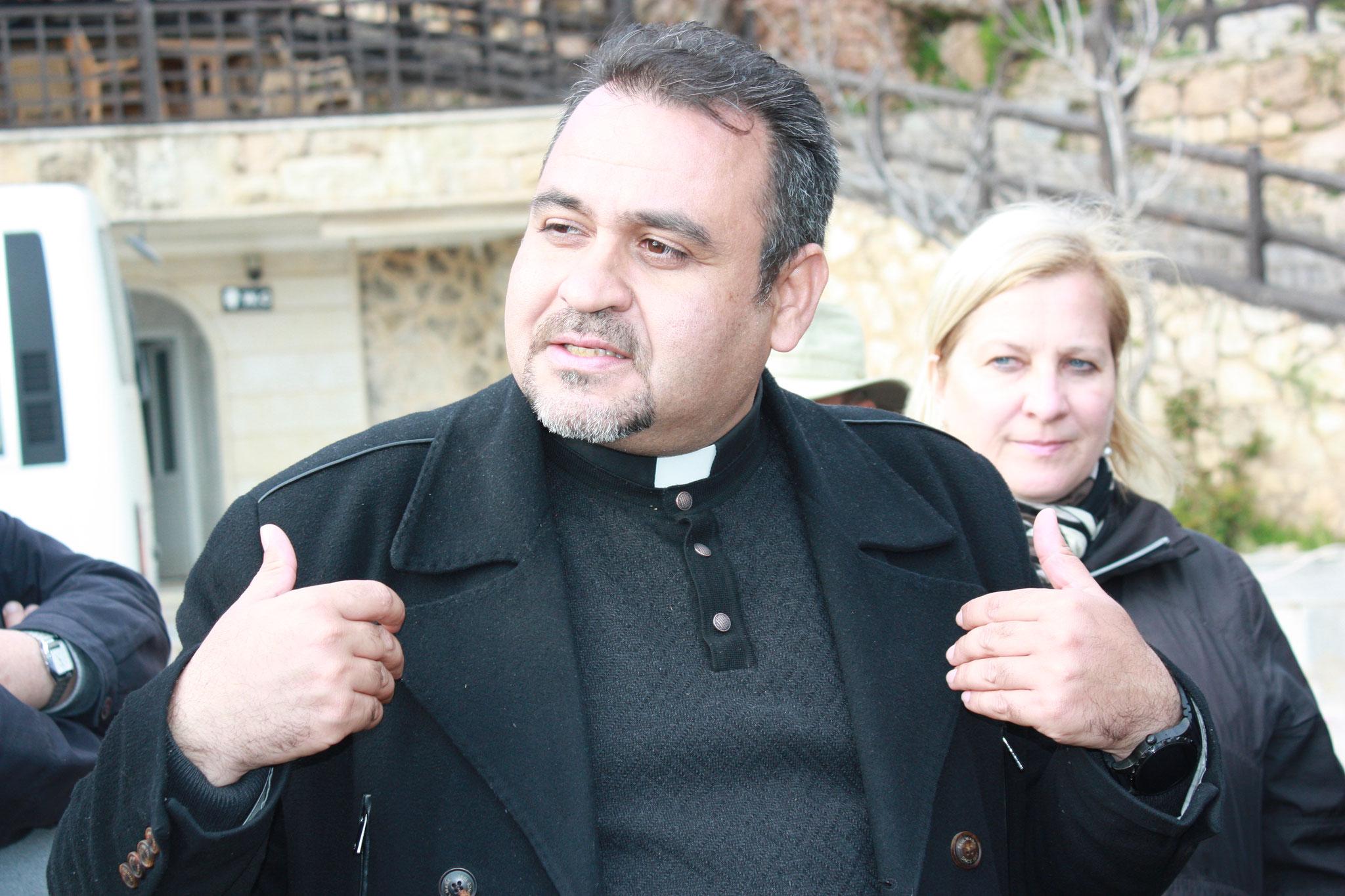Der chaldäische Priester Samir Yousif ist ein wichtiger Projektpartner der ICO
