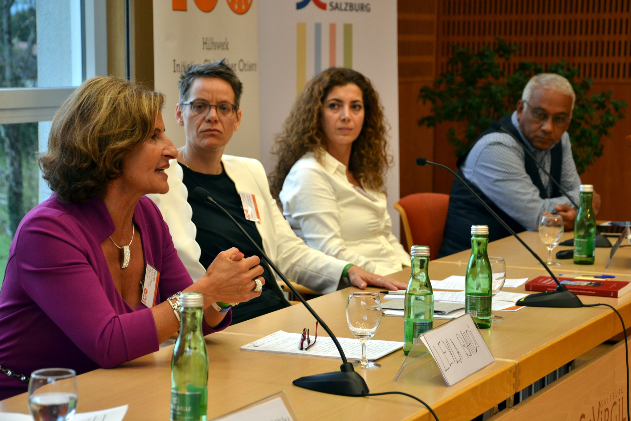 Engagiert wurde auf dem Podium und mit dem Publikum über Heimat, Migration und Integrationspolitik diskutiert.