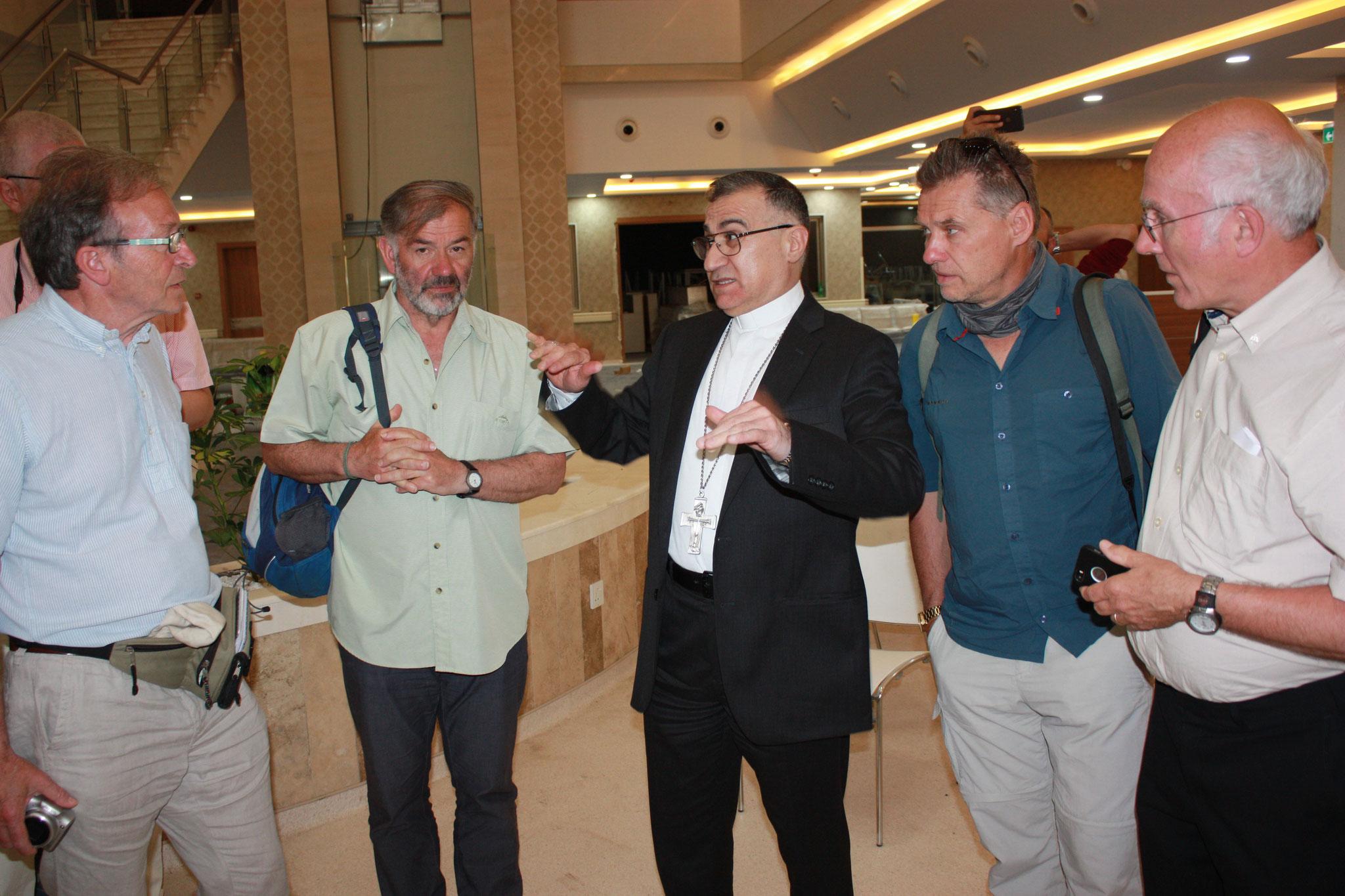 ICO-Delegation im Gespräch mit Erzbischof Warda von Erbil