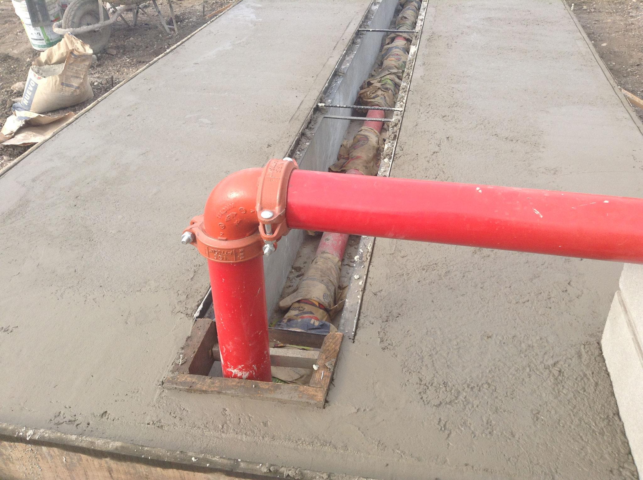 Instalación de tubería contra incendios