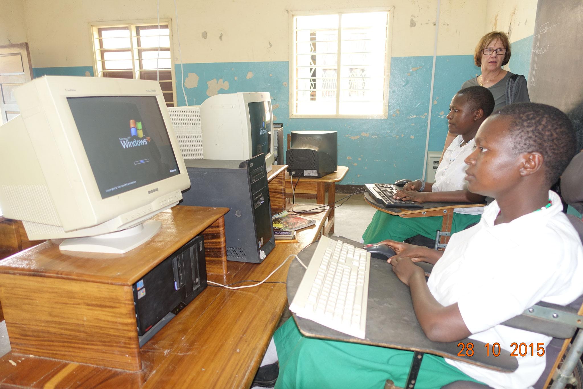 Seit einigen Jahren wird die Ausbildung am PC immer wichtiger.