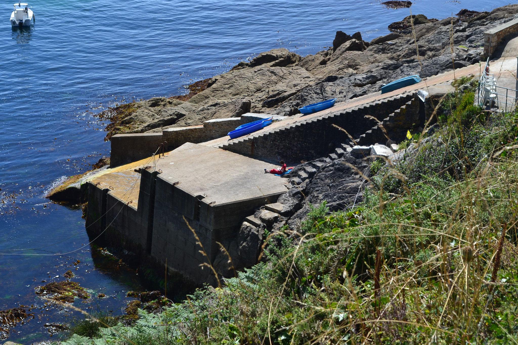 le quai et la cale du port-abri de Feunteun Aod