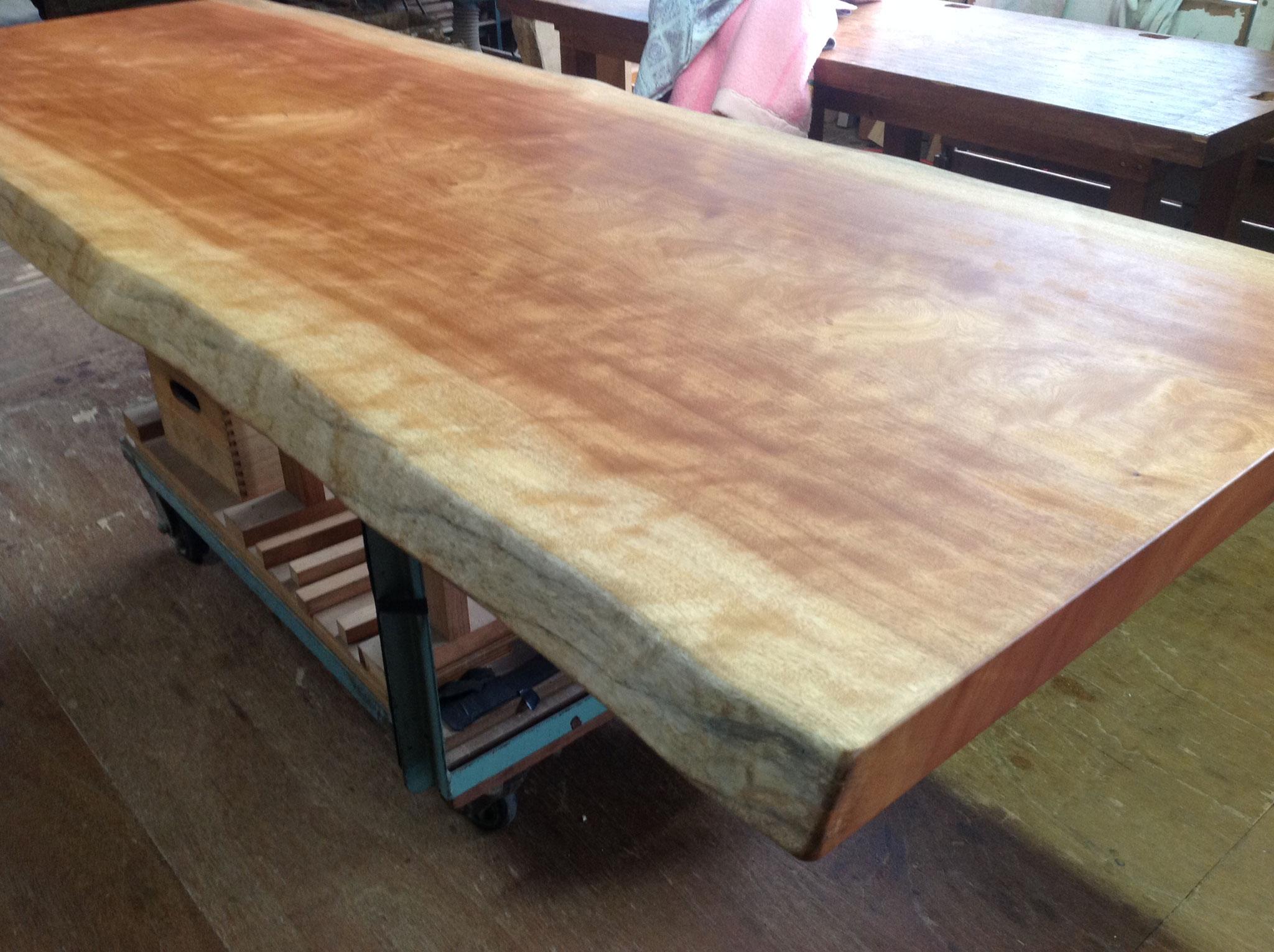 ボセ 一枚板 テーブル 広島