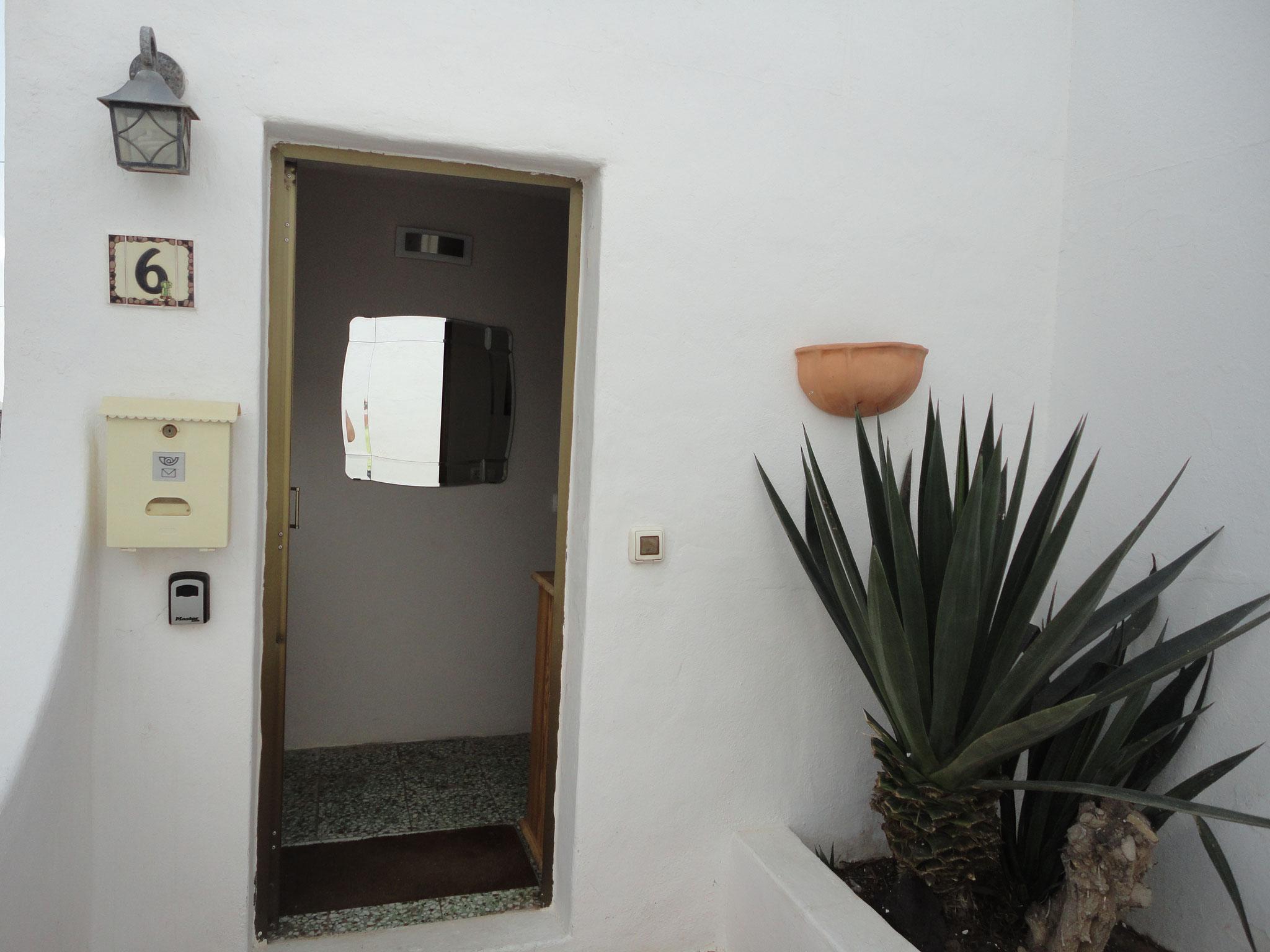 Front door & entrance hall