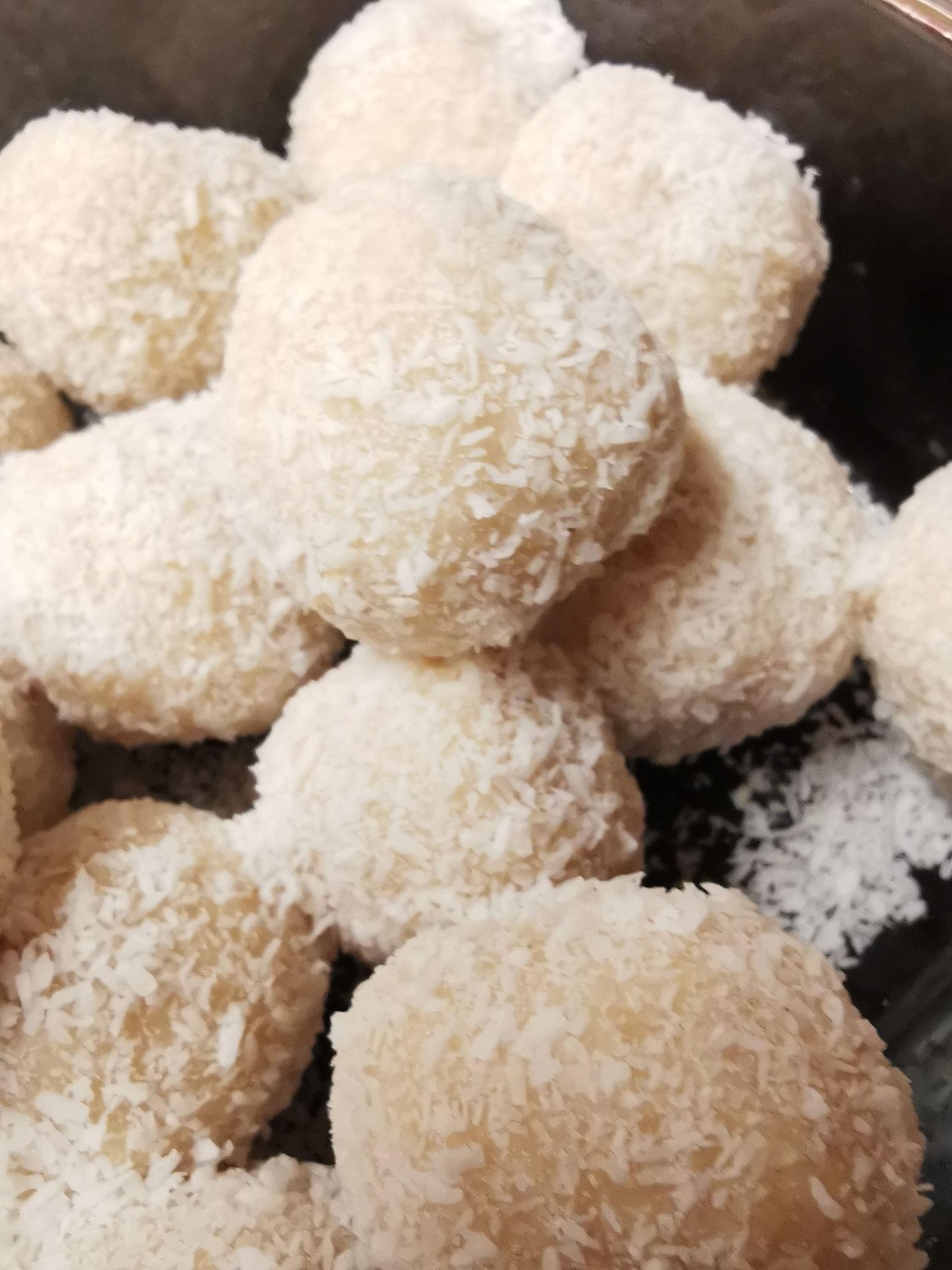 Zuckerfreie, selbstgemachte Raffaellos