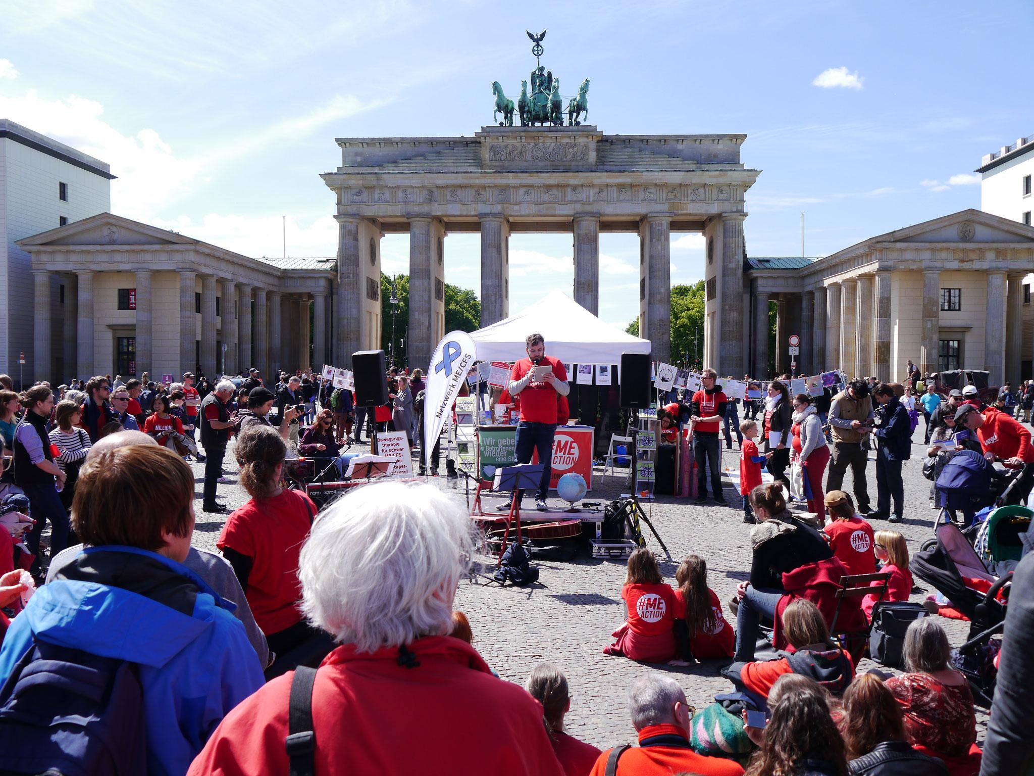 Rede von Daniel Hattesohl von der Deutschen Gesellschaft für ME/CFS