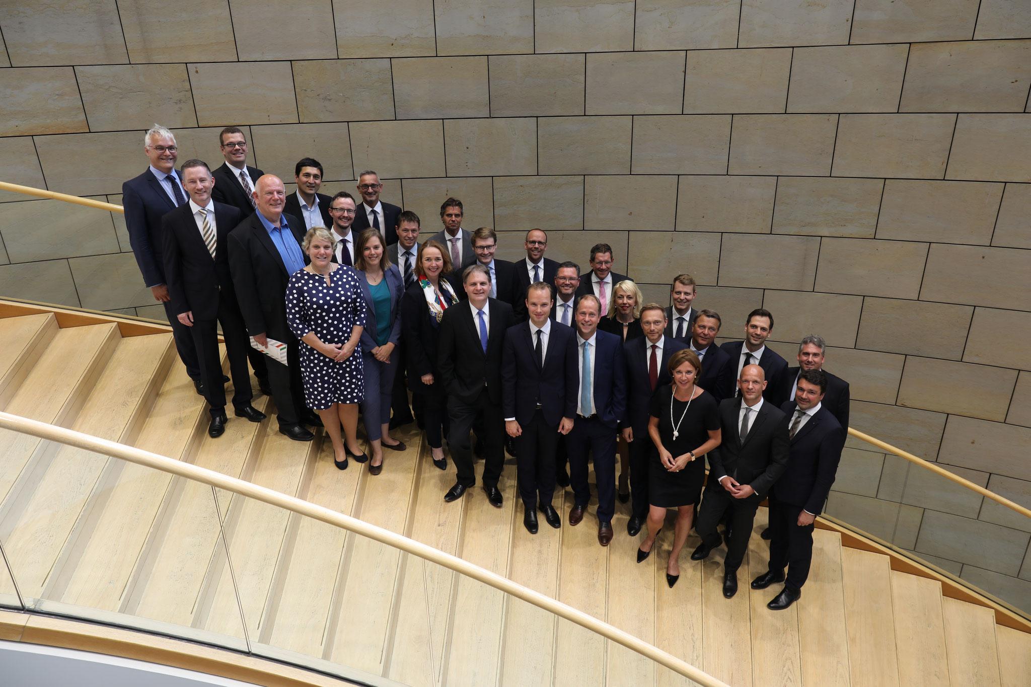 Fraktion auf der Landtagstreppe