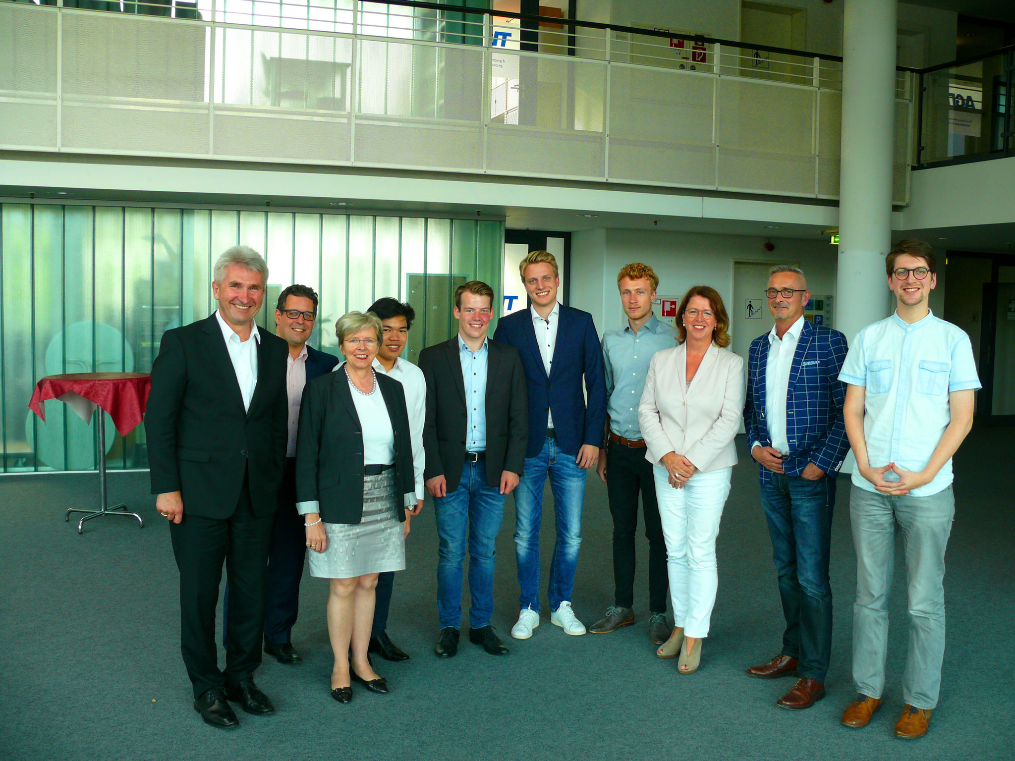 Besuch mit Minister Prof. Pinkwart bei Streetscouter