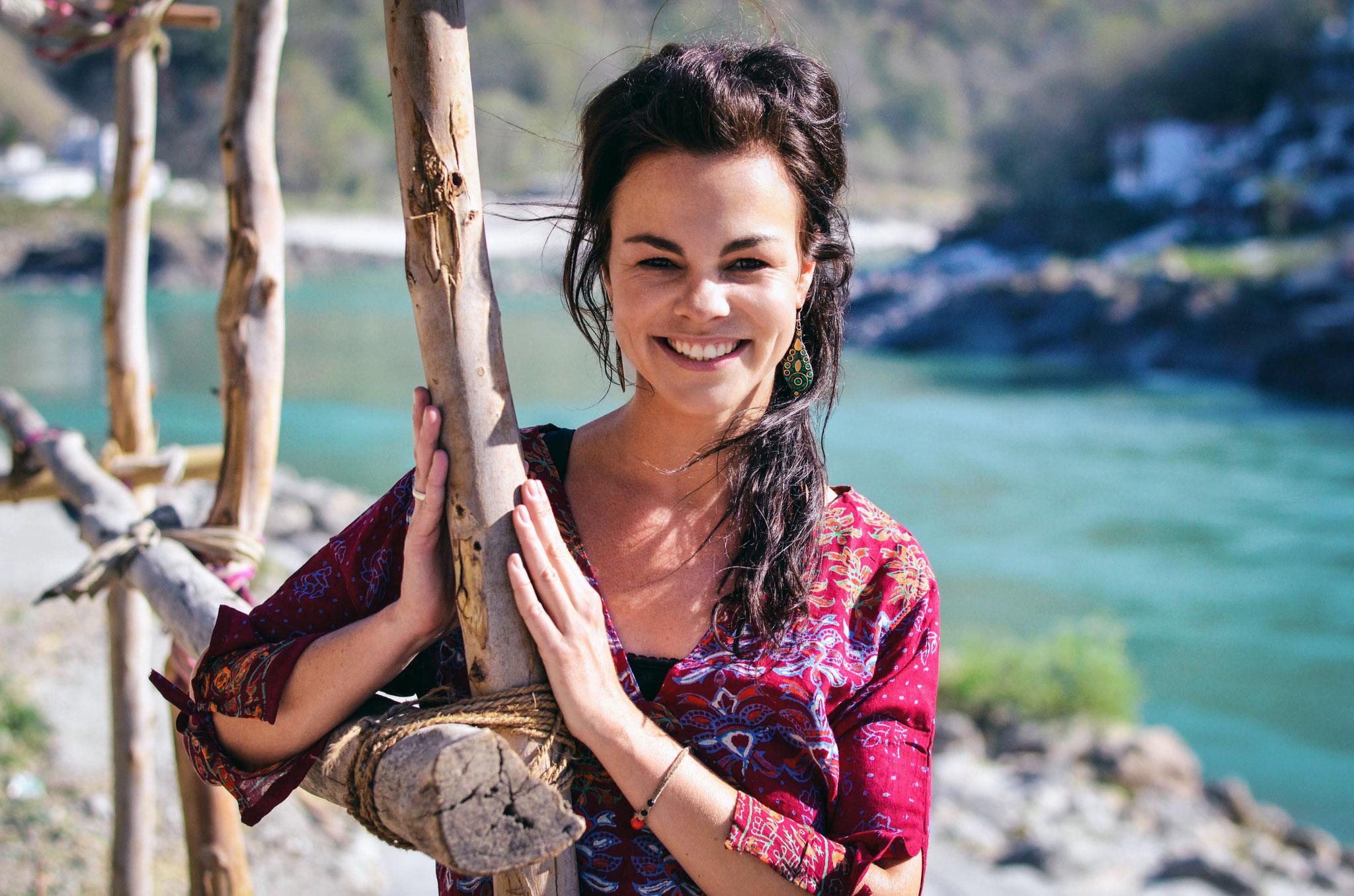 Stefanie Rhenisch - deine Yogalehrerin