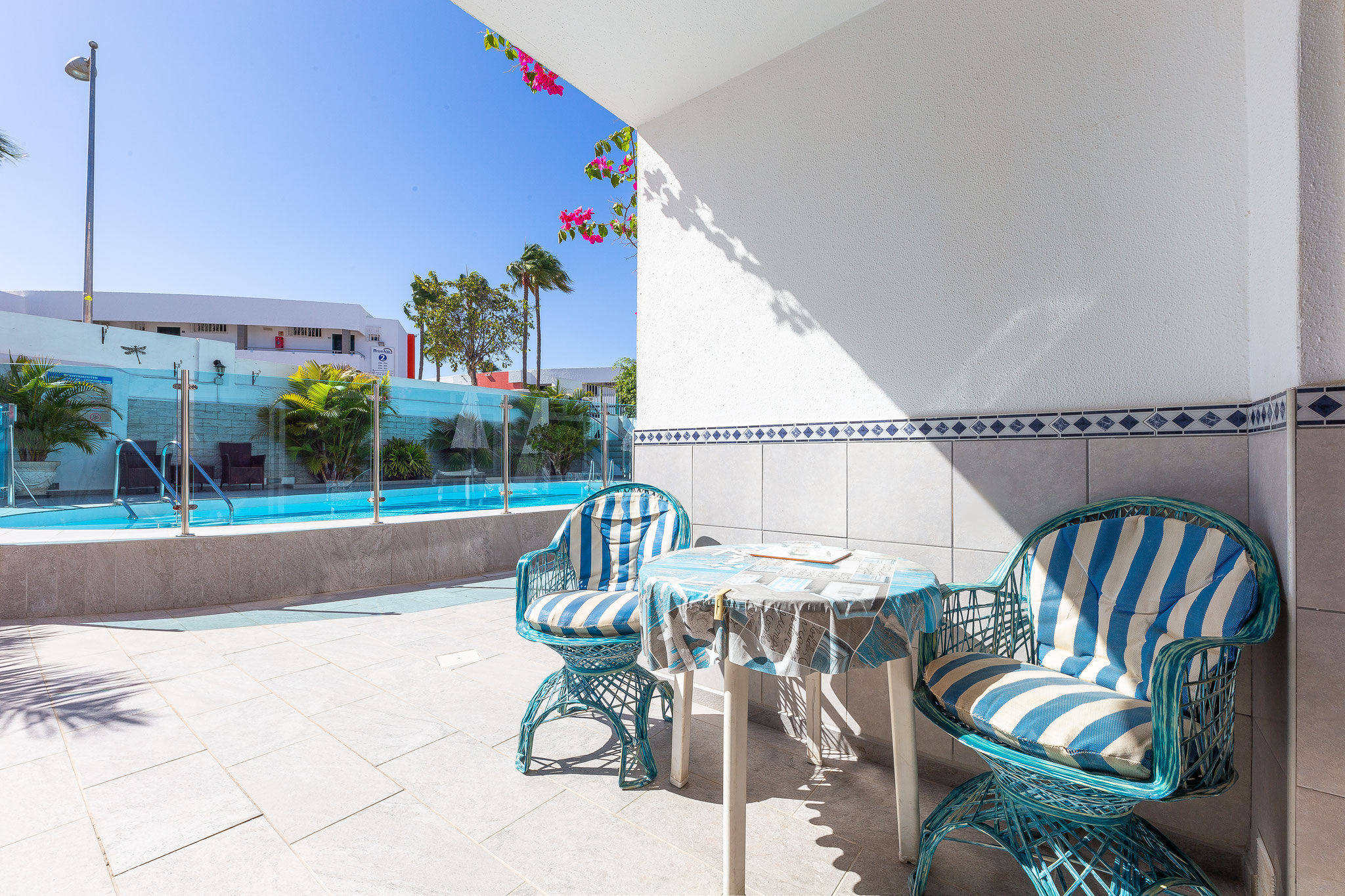 Surf & Sleep Playa del Inglés - from 310 € per person
