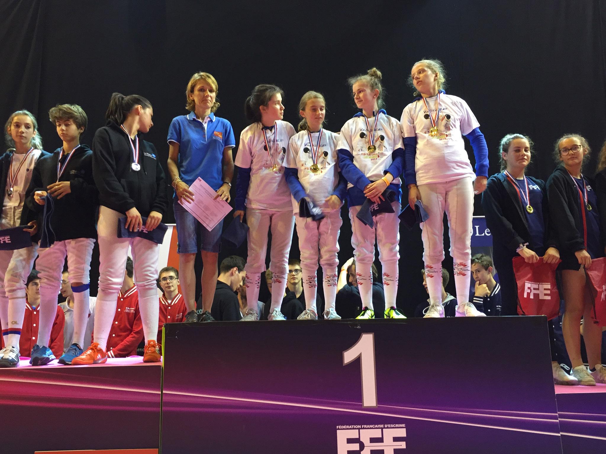 Basse-Normandie : championnes de France par équipe (épée dame) à la Fête des Jeunes