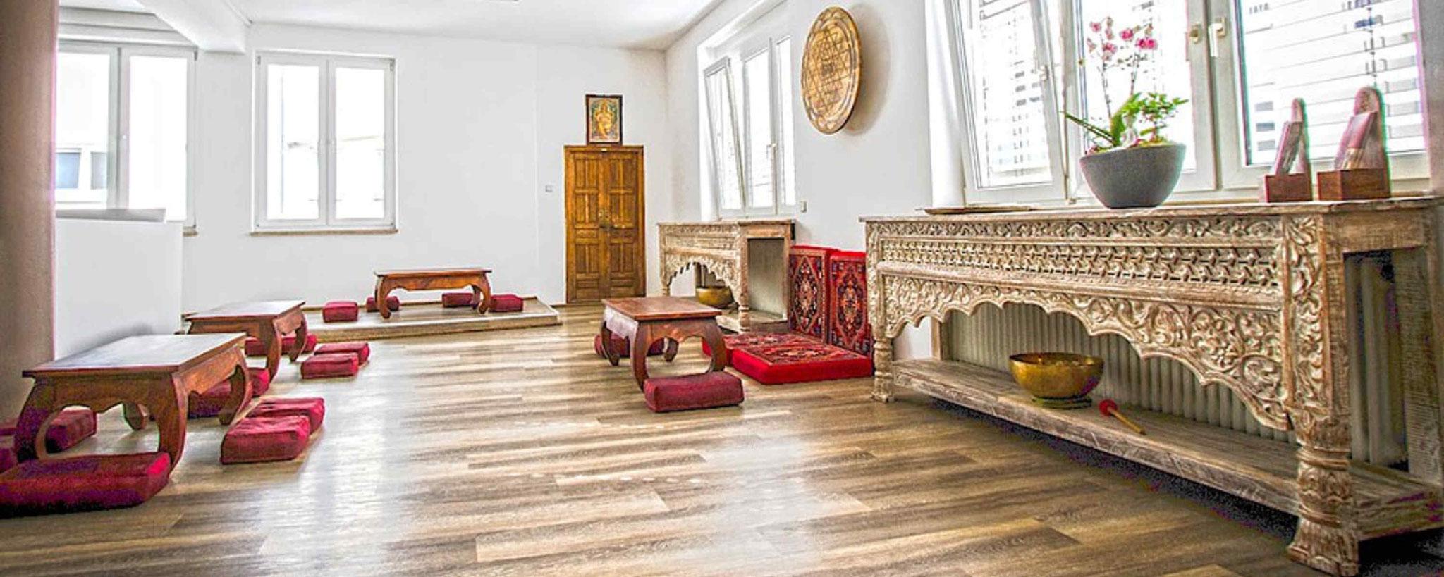 samsara yoga yoga kurse kinderyoga im zentrum von. Black Bedroom Furniture Sets. Home Design Ideas
