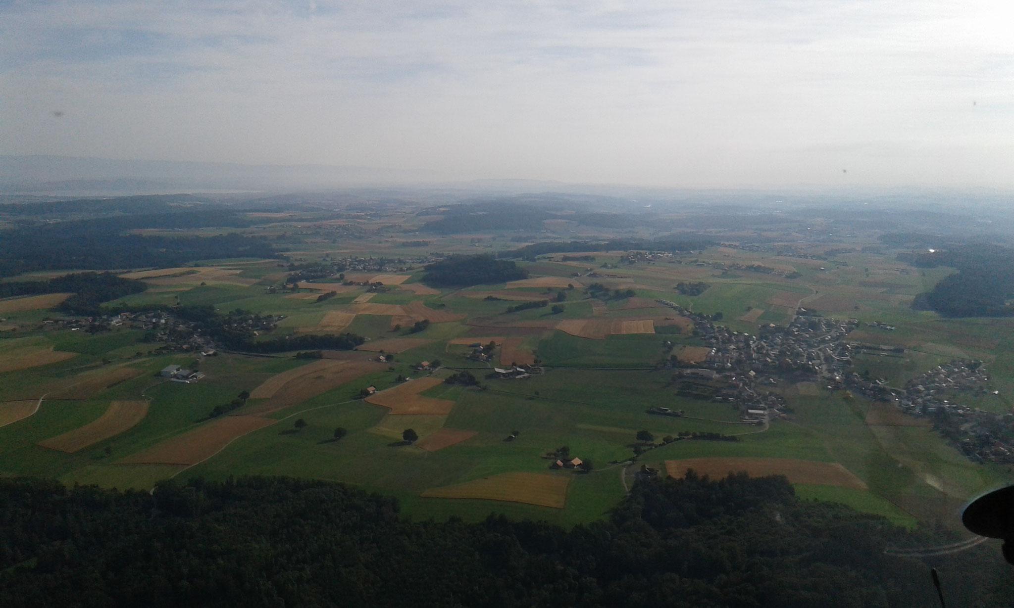 Landschaft über dem Kanton Freiburg