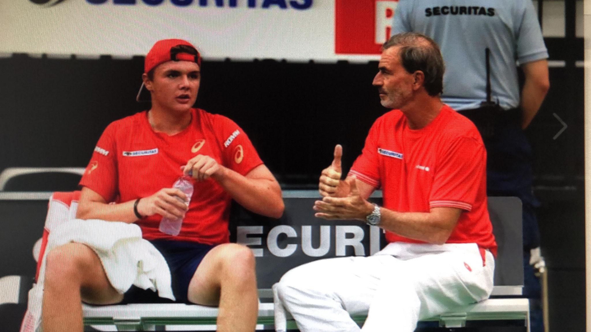 Heinz Günthardt, mein Coach, setzte mich sogar mit H. Lakssonen im Doppel ein. Wir gewannen dieses.