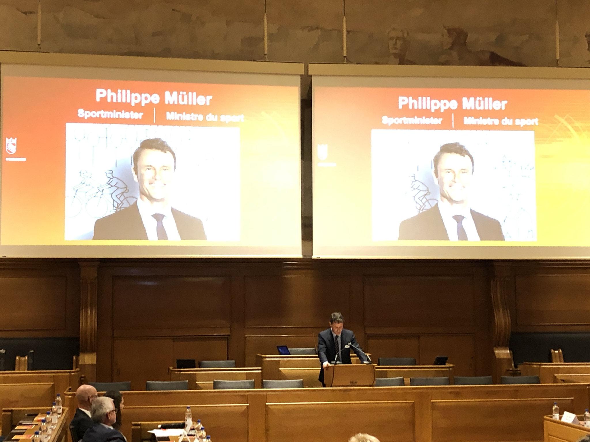 Regierungsrat Philippe Müller, Polizei- und Militärdirektion hielt eine interessante Ansprache.