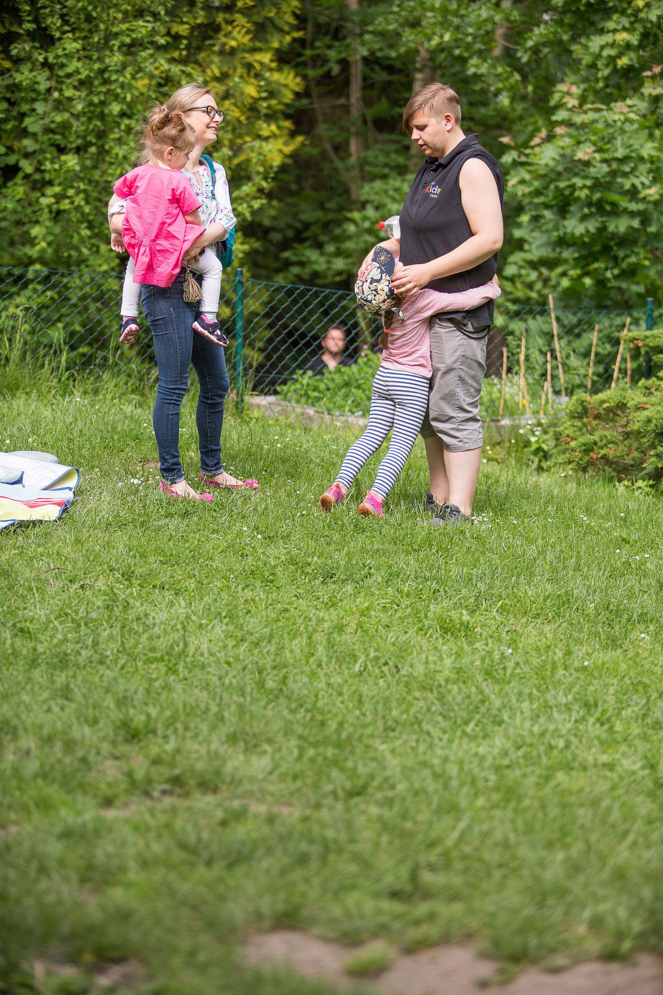 Gespräche führen. Eckpunkte finden. Ziele vereinbaren. Partnerschaftlich arbeiten. Dialog zwischen Eltern und Team!